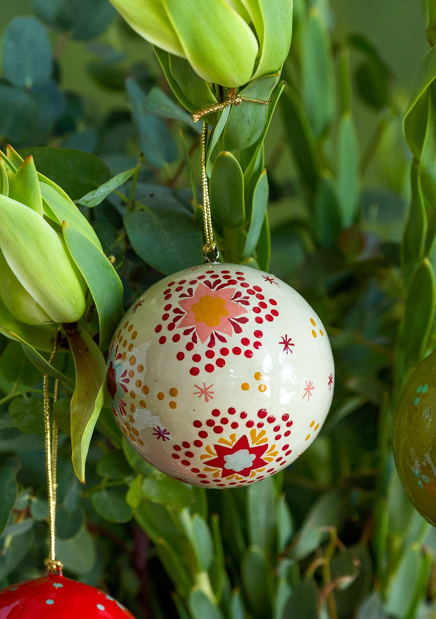 Papier maché holiday ornament natural