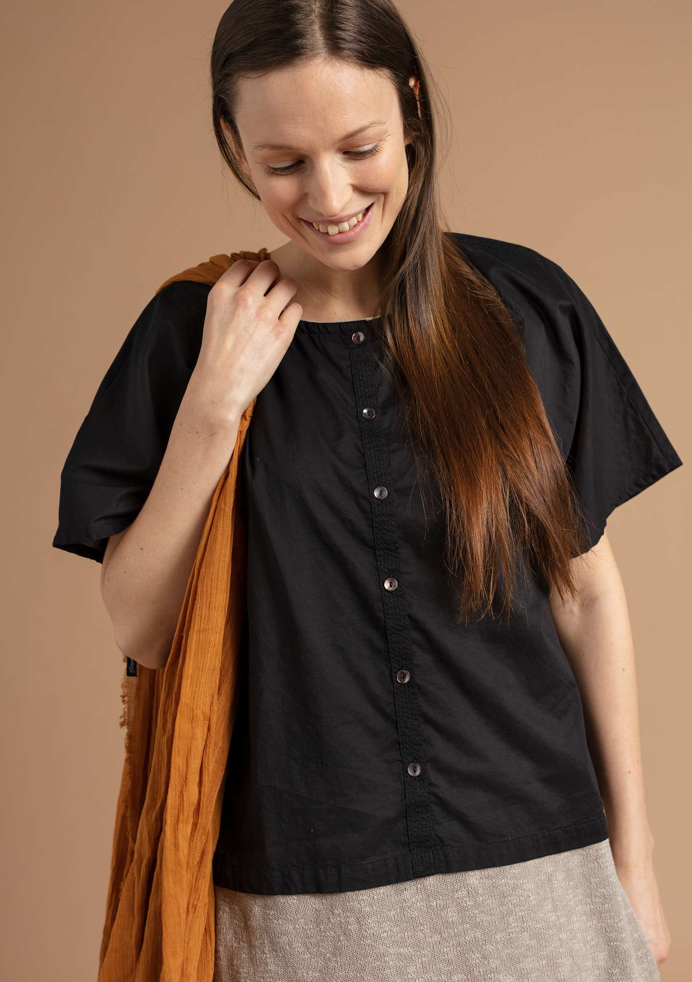 """Rigmor"" blouse in eco-cotton black"