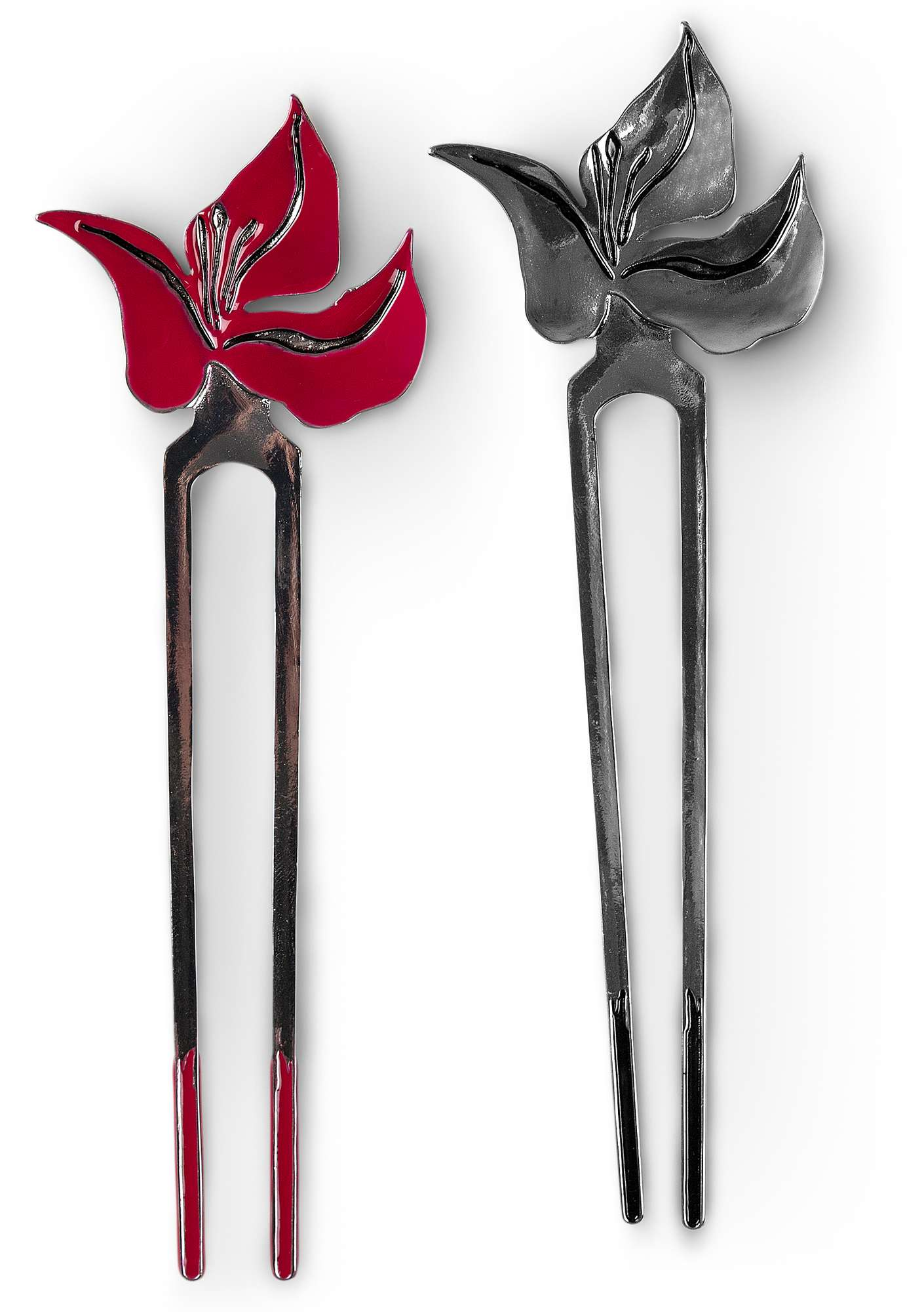 """Bouganvilla"" hairpin in plated silver cyclamen"