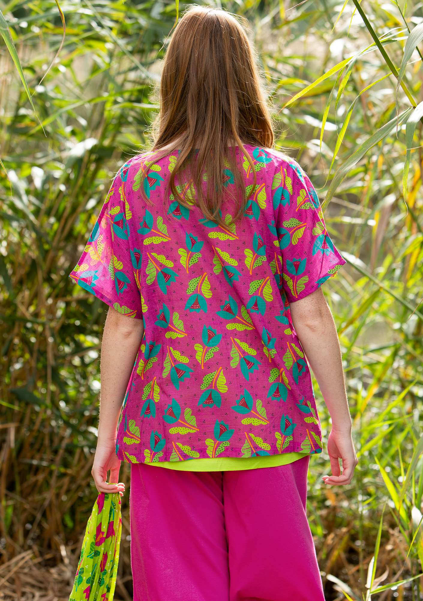 """Makeba"" blouse in organic cotton cerise/patterned"