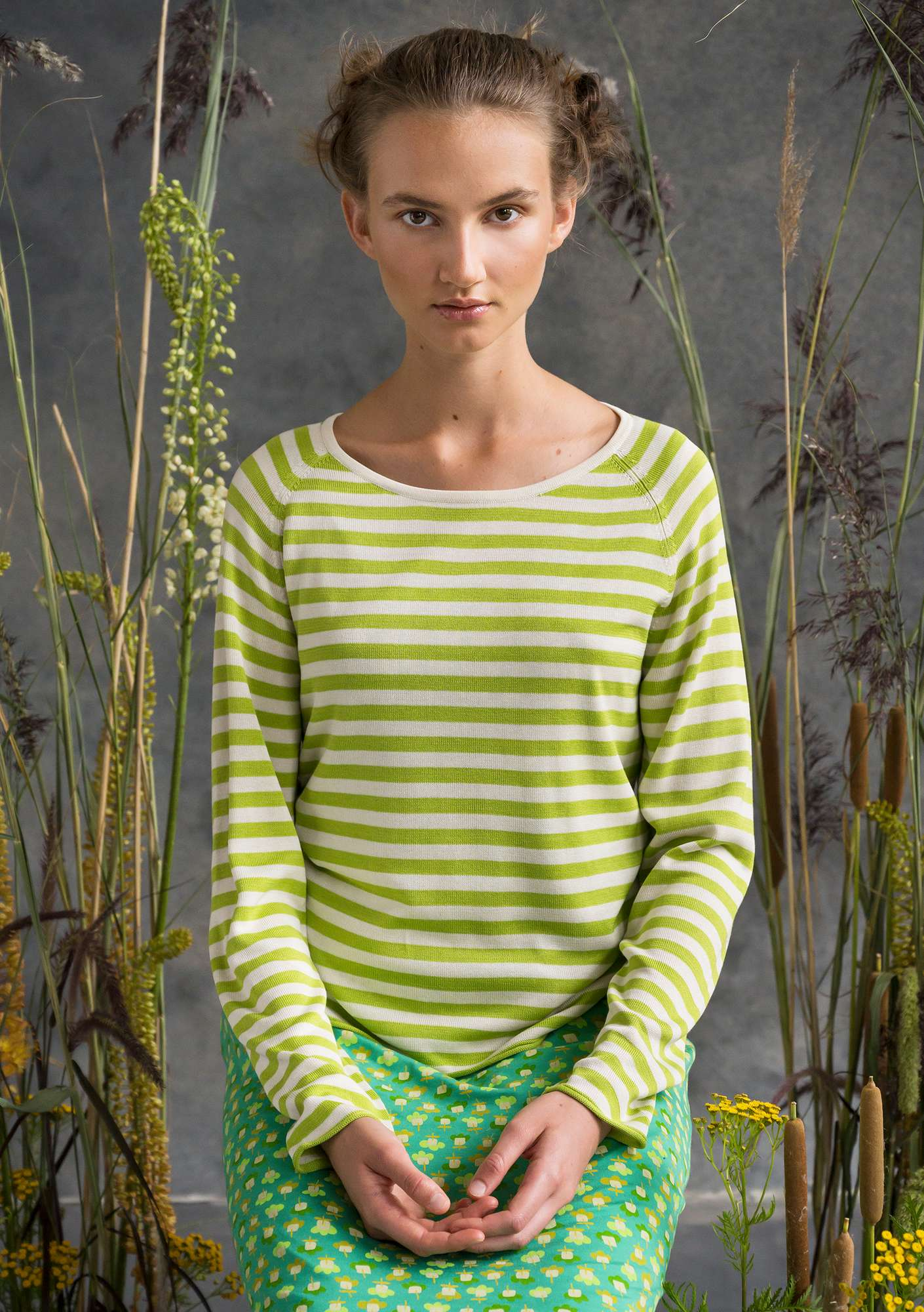 Silky sweater tropical green/ecru