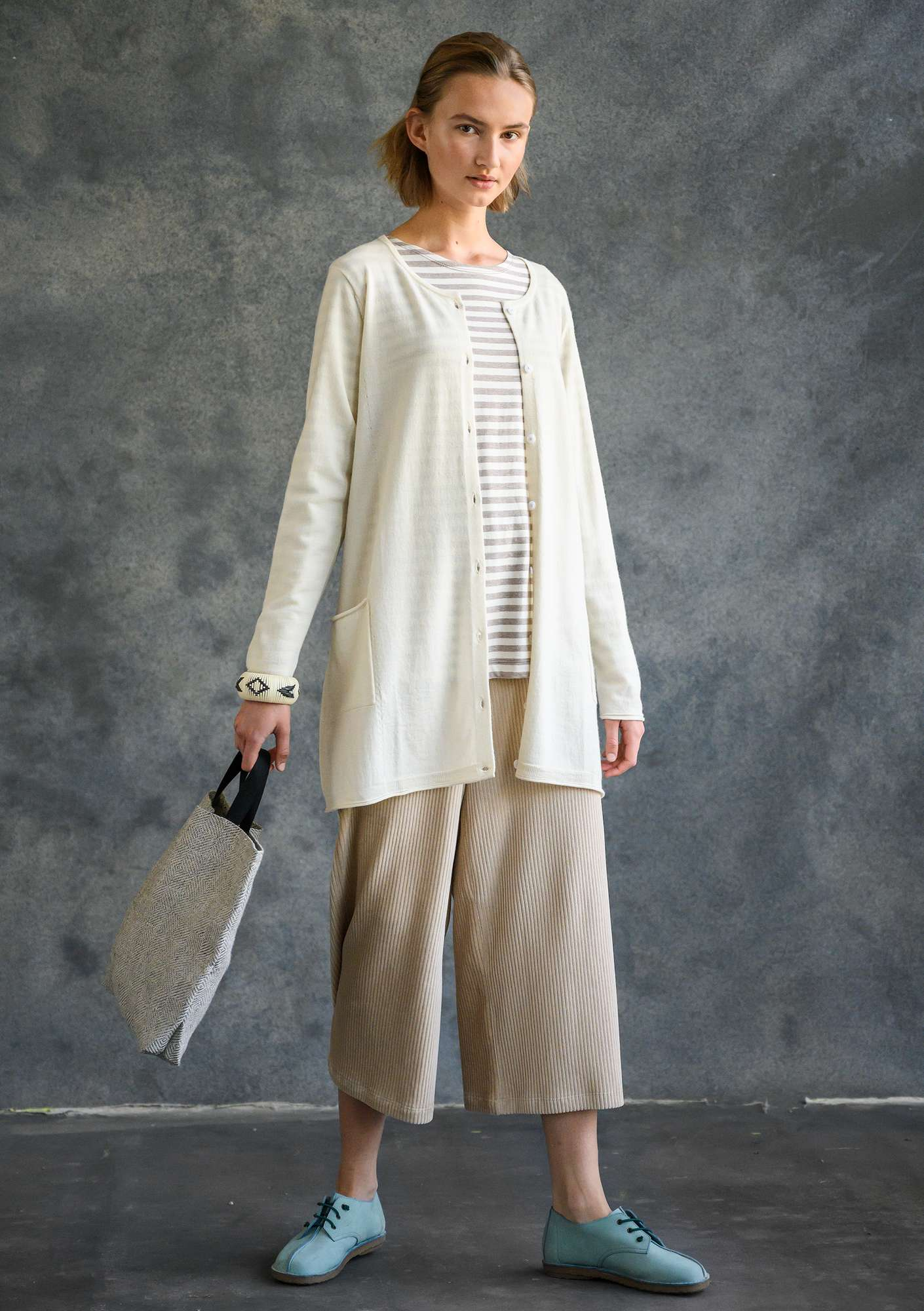 Long cardigan in merino wool unbleached