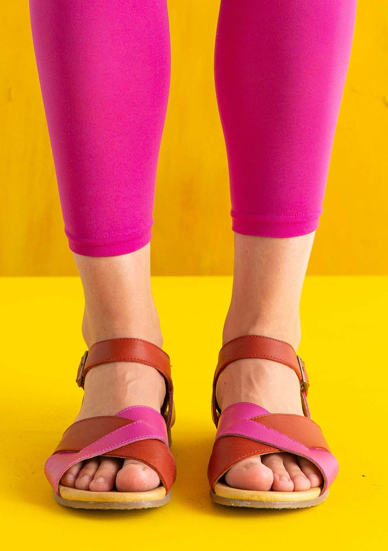Sandal in nappa hibiscus