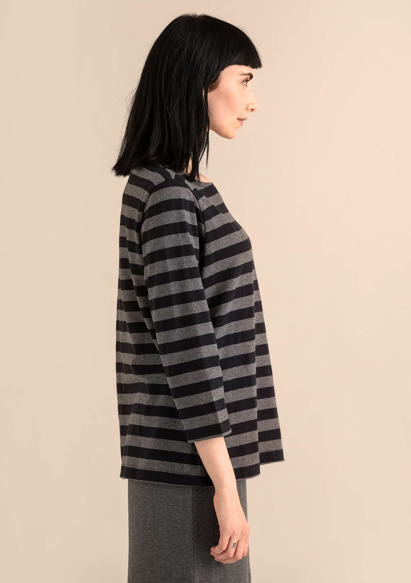 Block-striped top in eco-cotton gray melange/black