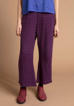 Checked trousers allium