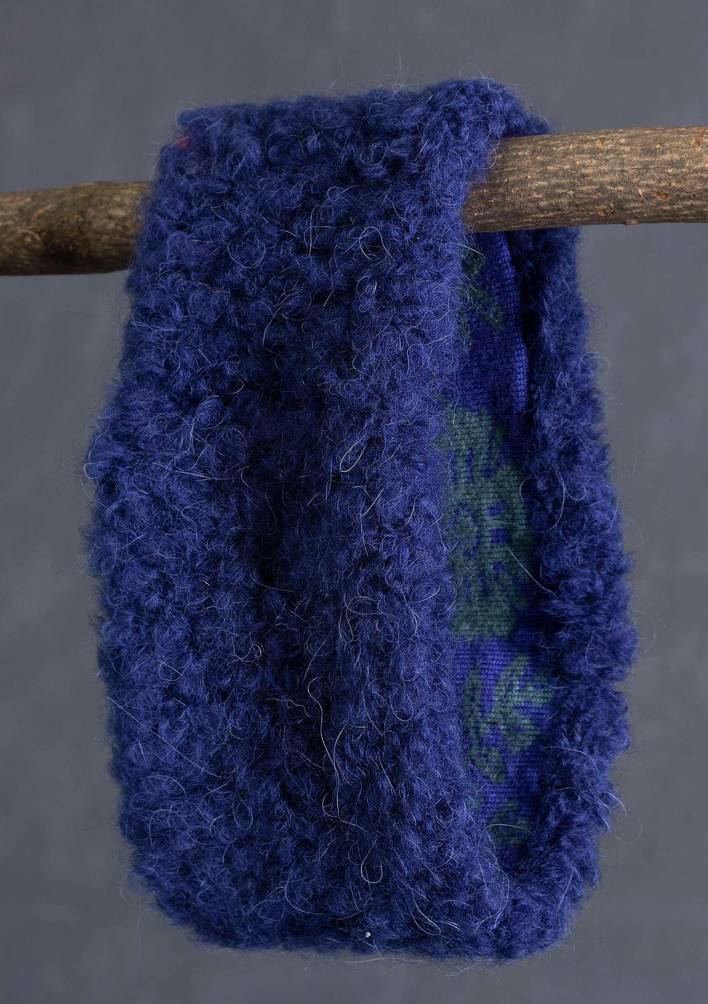 """Lace"" reversible headband in a wool blend midnight blue"