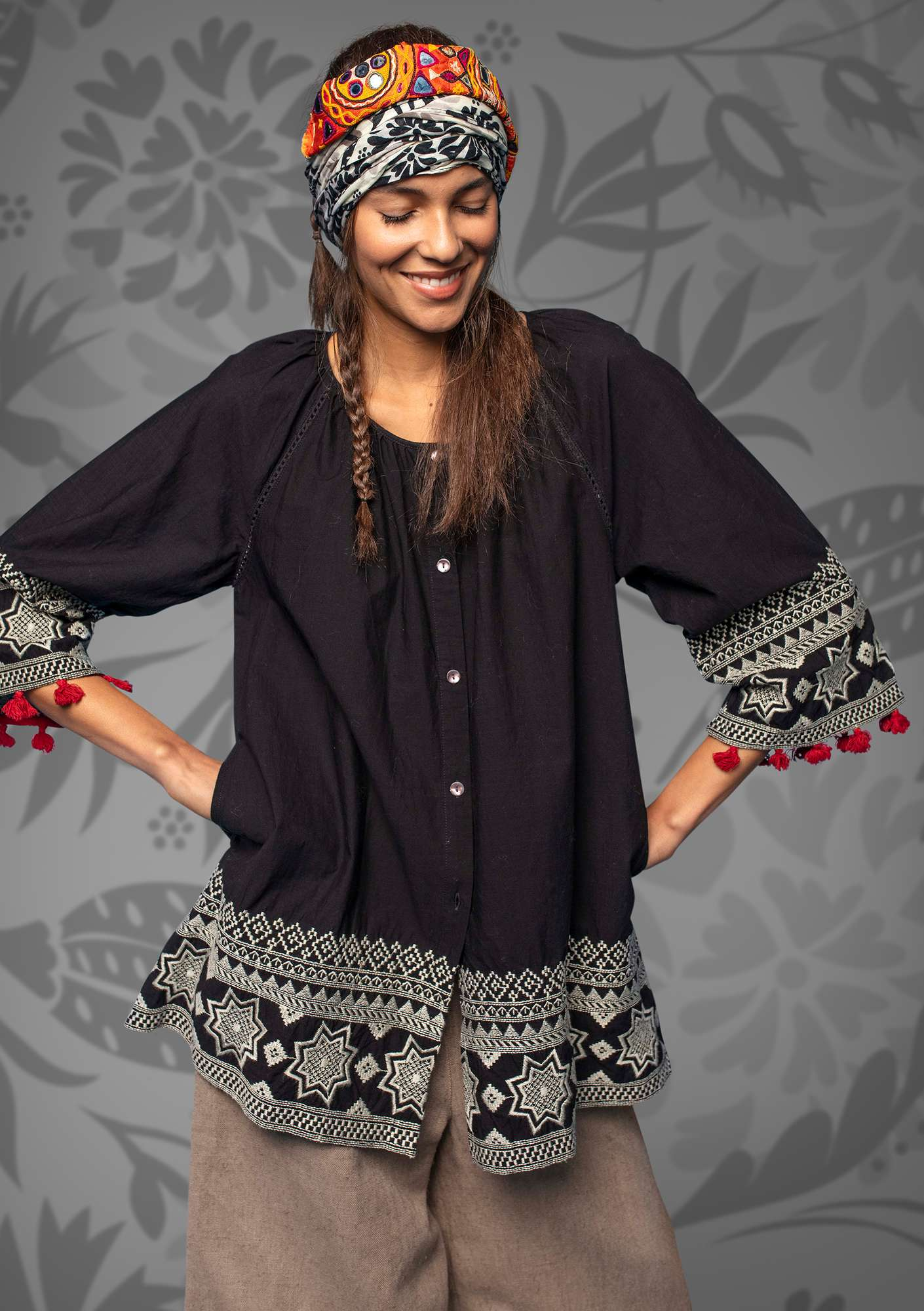 "Embroidered organic cotton ""Savann"" tunic black"