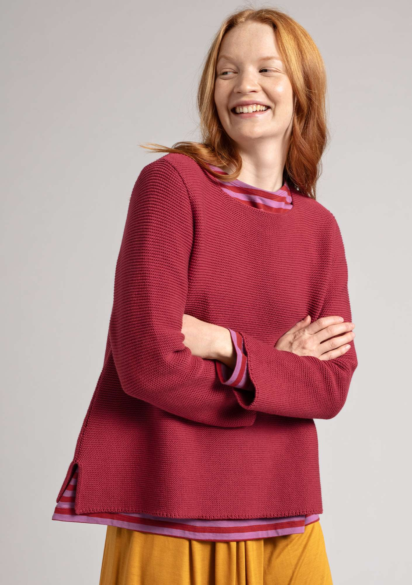 Sweater knit in garter stitch in organic cotton rosewood