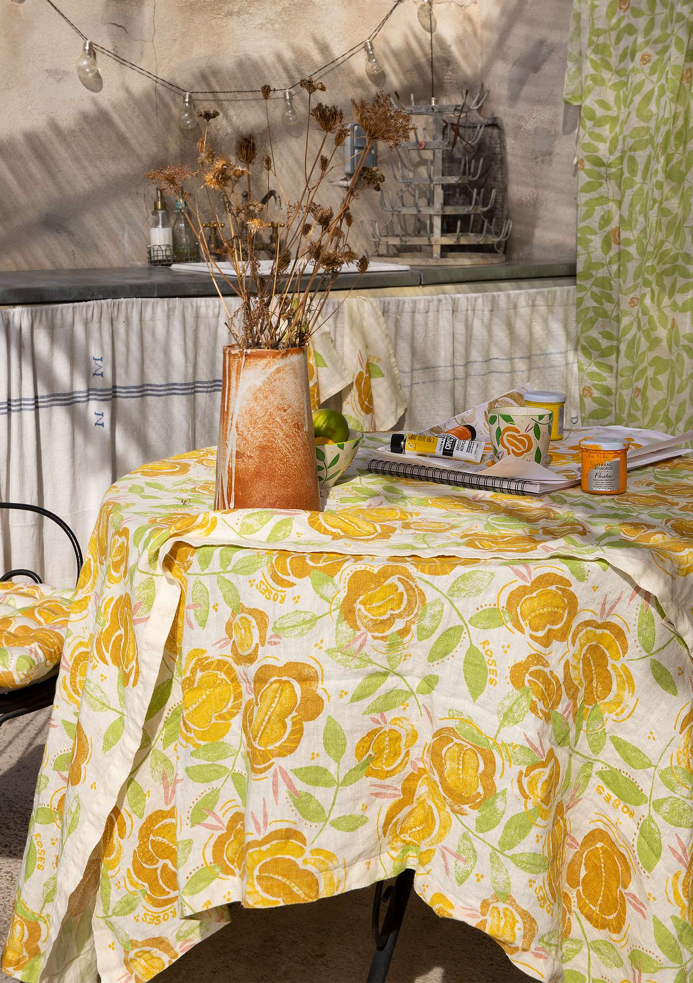Roses tablecloth  laburnum