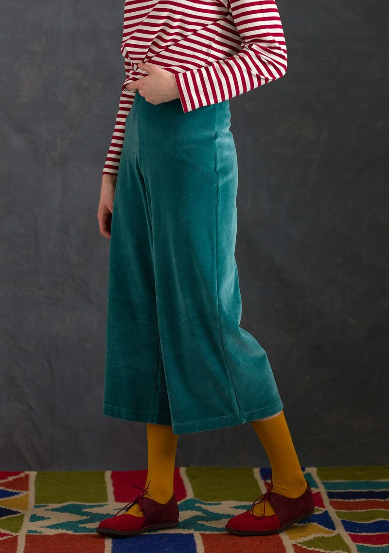 Velour pants in organic cotton/recycled polyester verona green