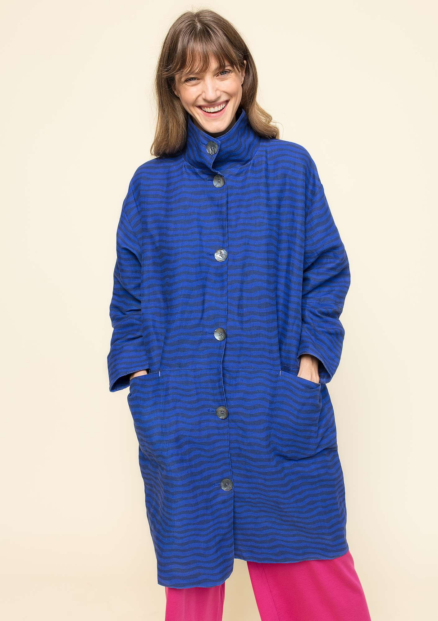 """Krusa"" coat in linen/organic cotton klein blue"