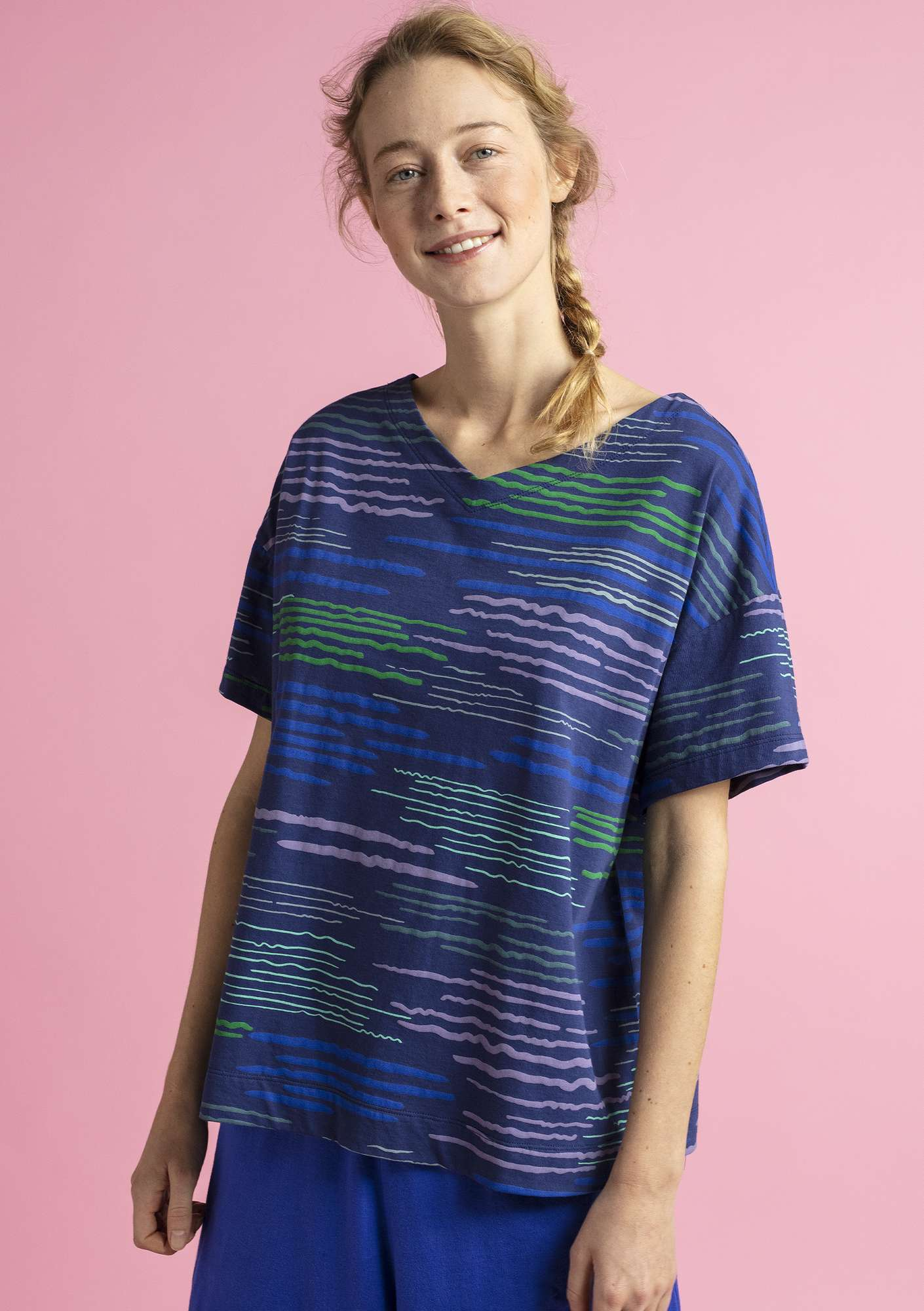 """Capri"" jersey top in eco-cotton midnight blue/patterned"