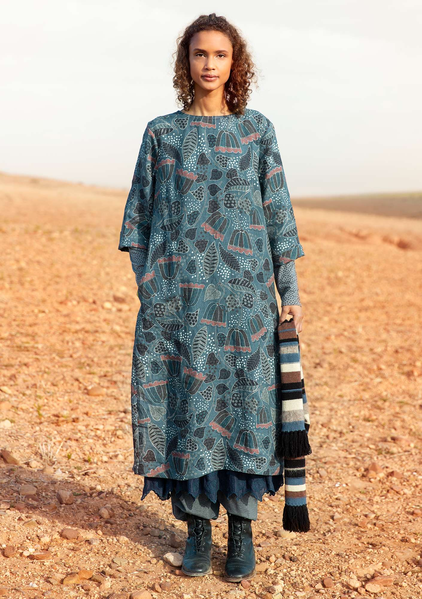 """Belle"" linen dress carbon"