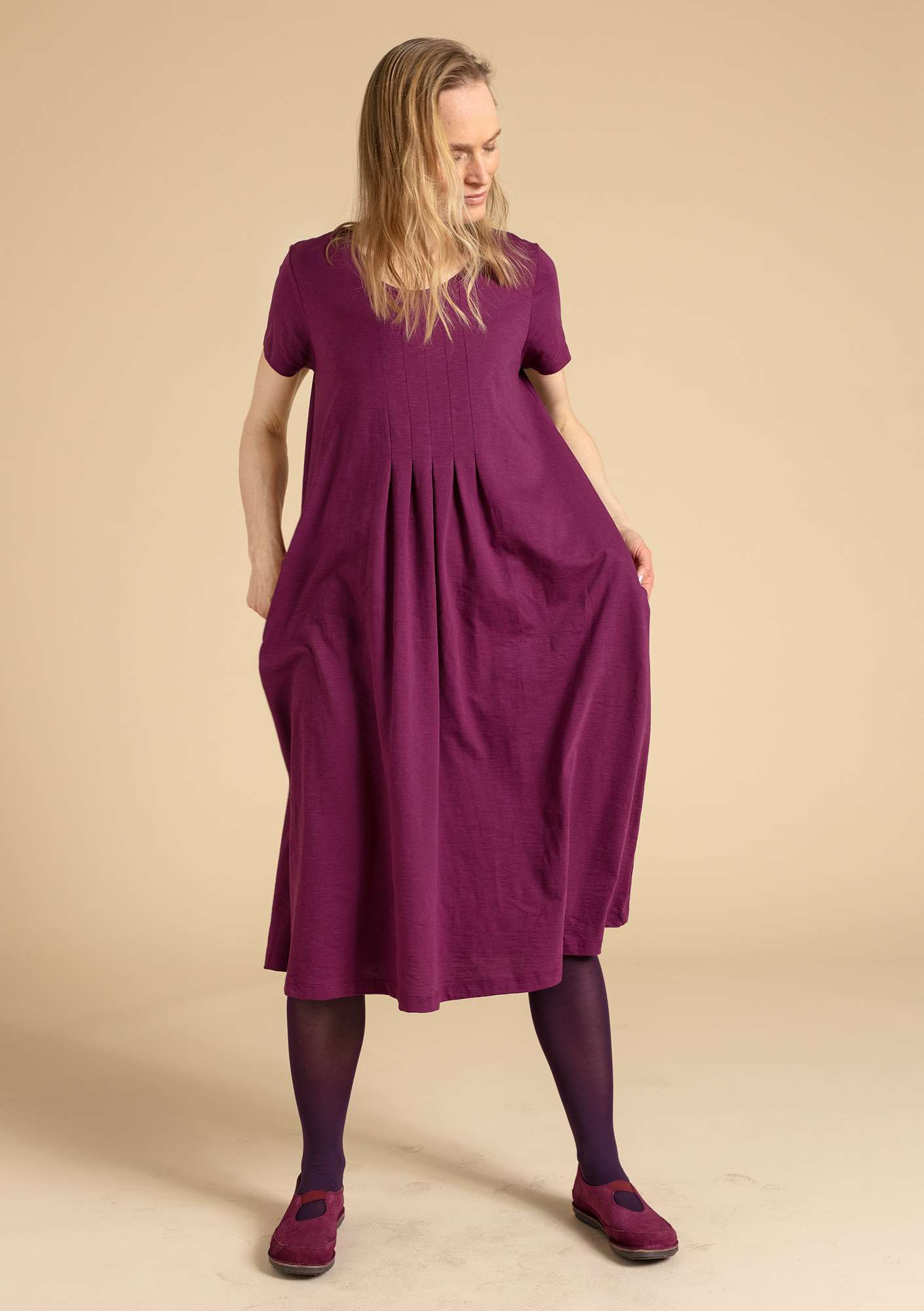 """Livia"" dress in eco-cotton grape"