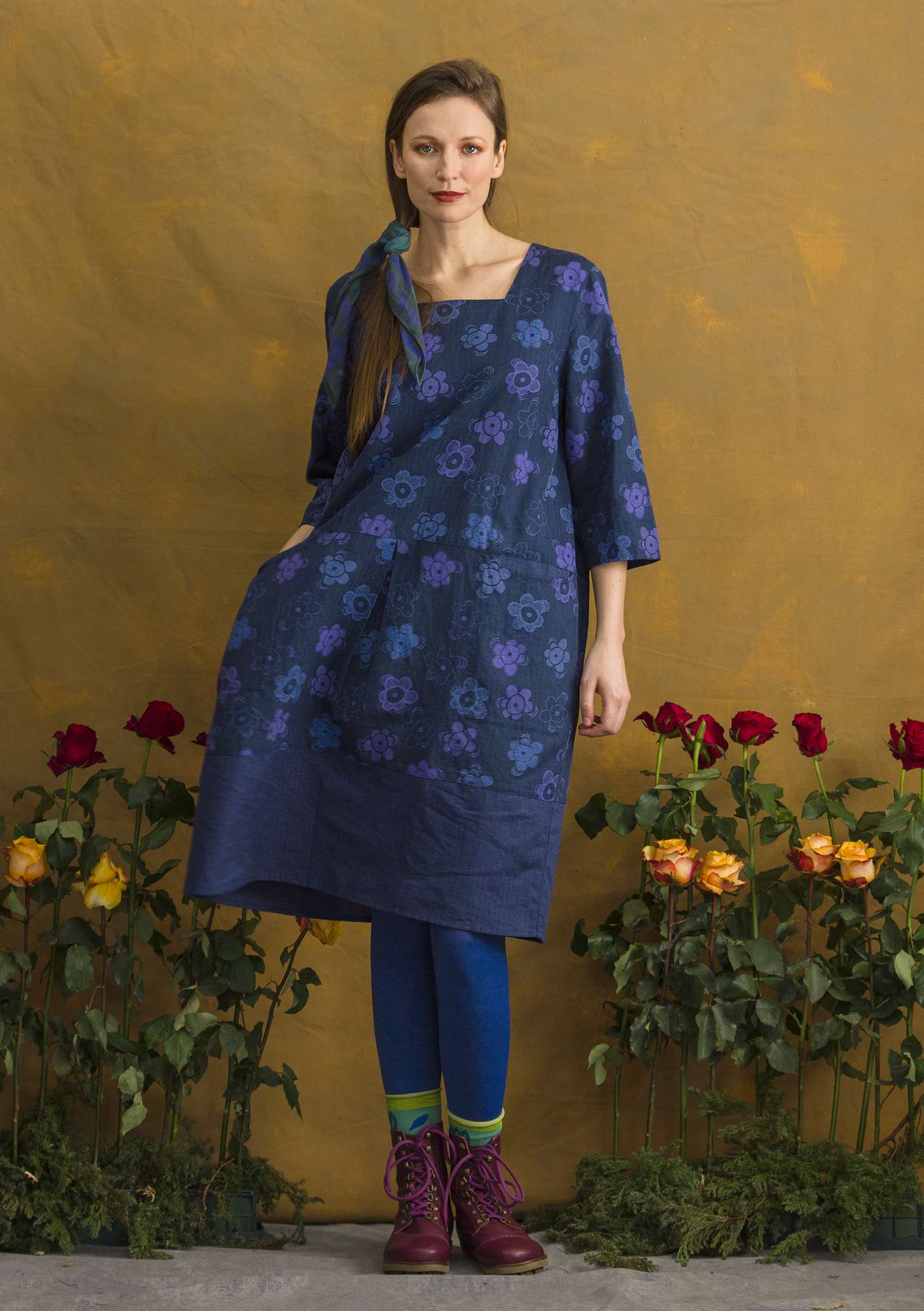 Kleid Lindblom midnight blue/patterned