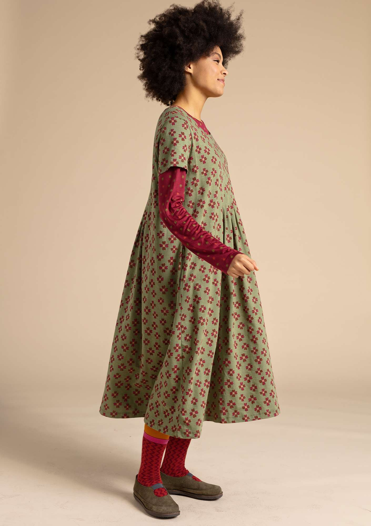 """Livia"" dress in eco-cotton sage/patterned"