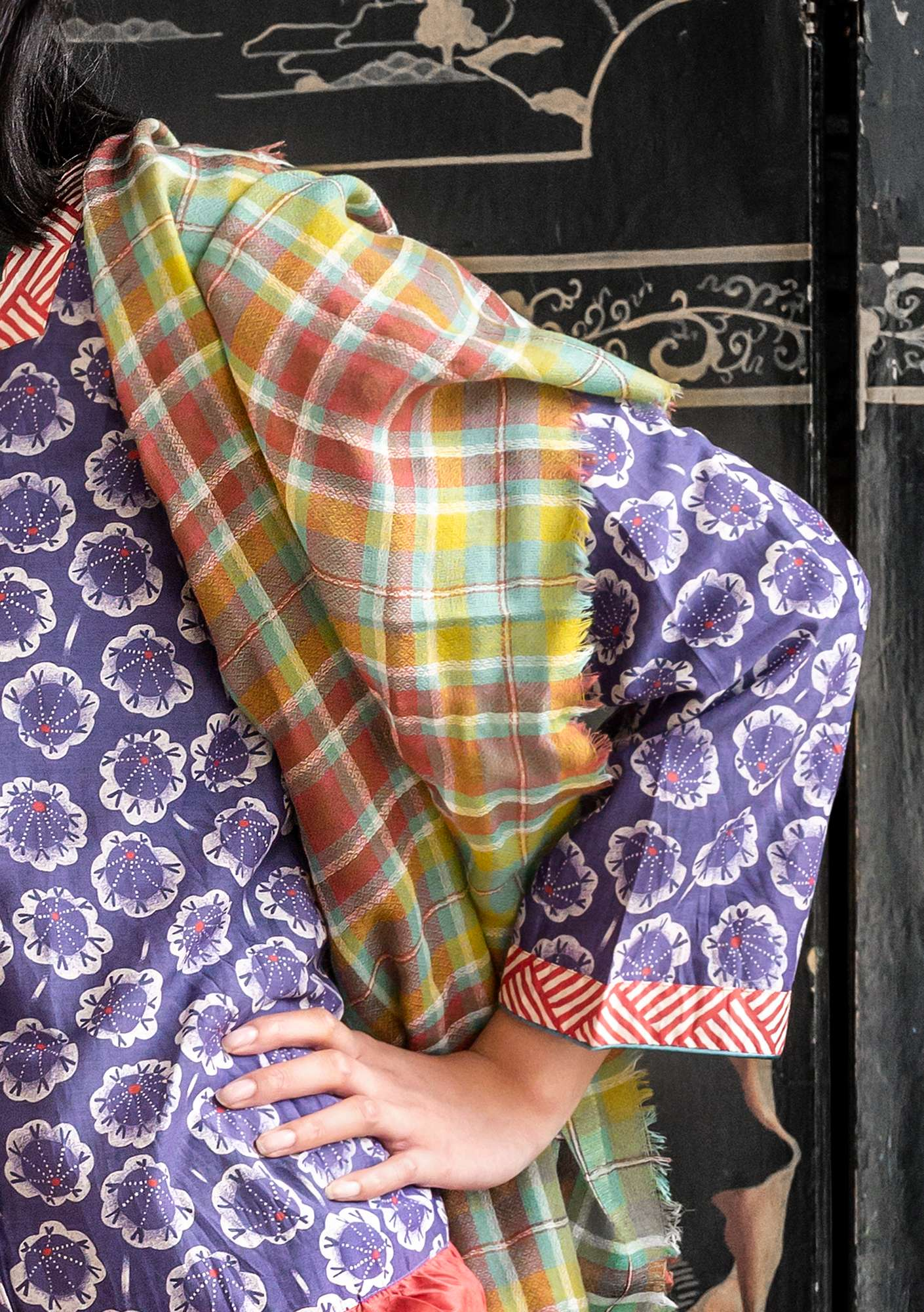 Checked wool shawl artemisia