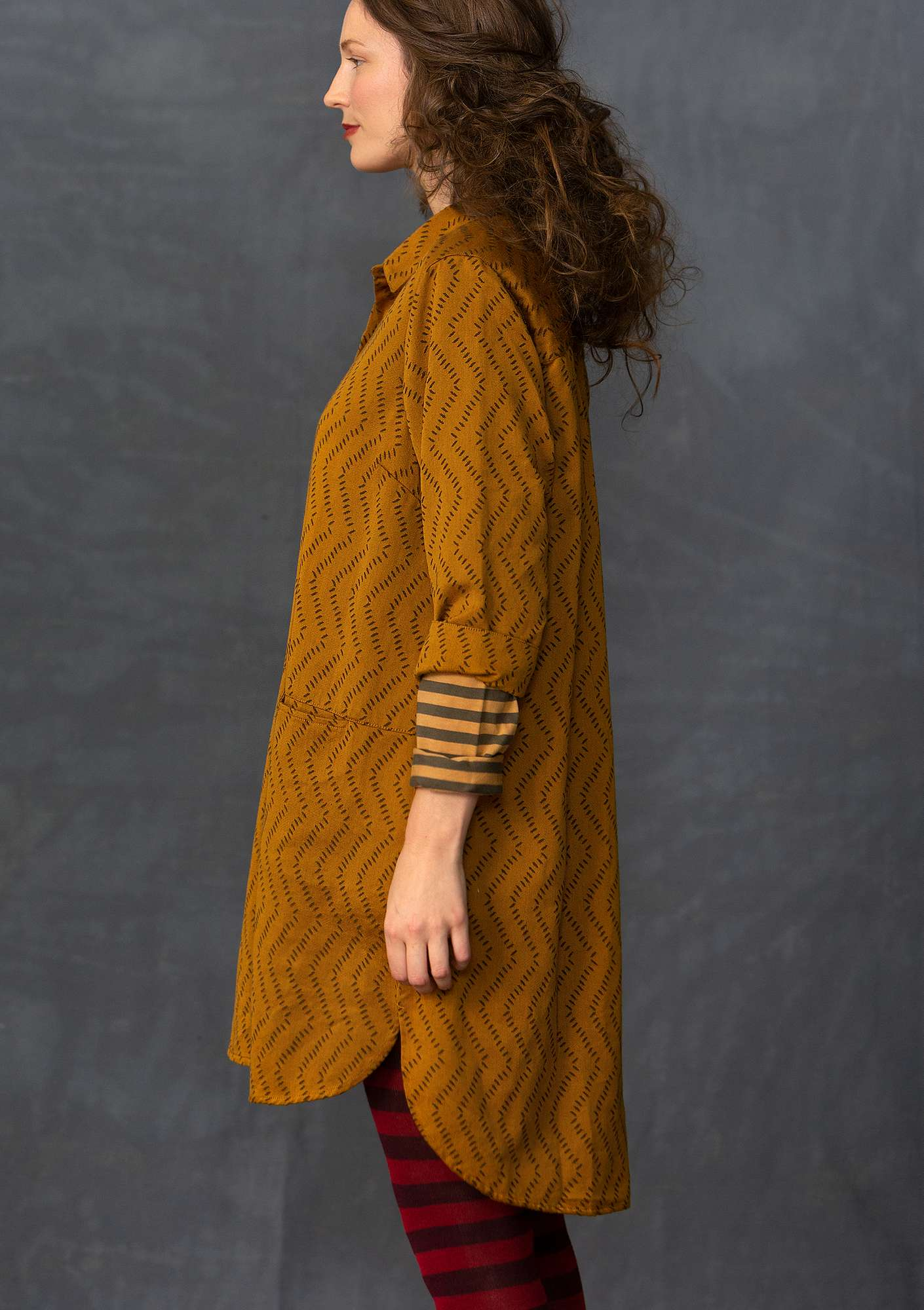 Cotton jacquard long shirt mustard