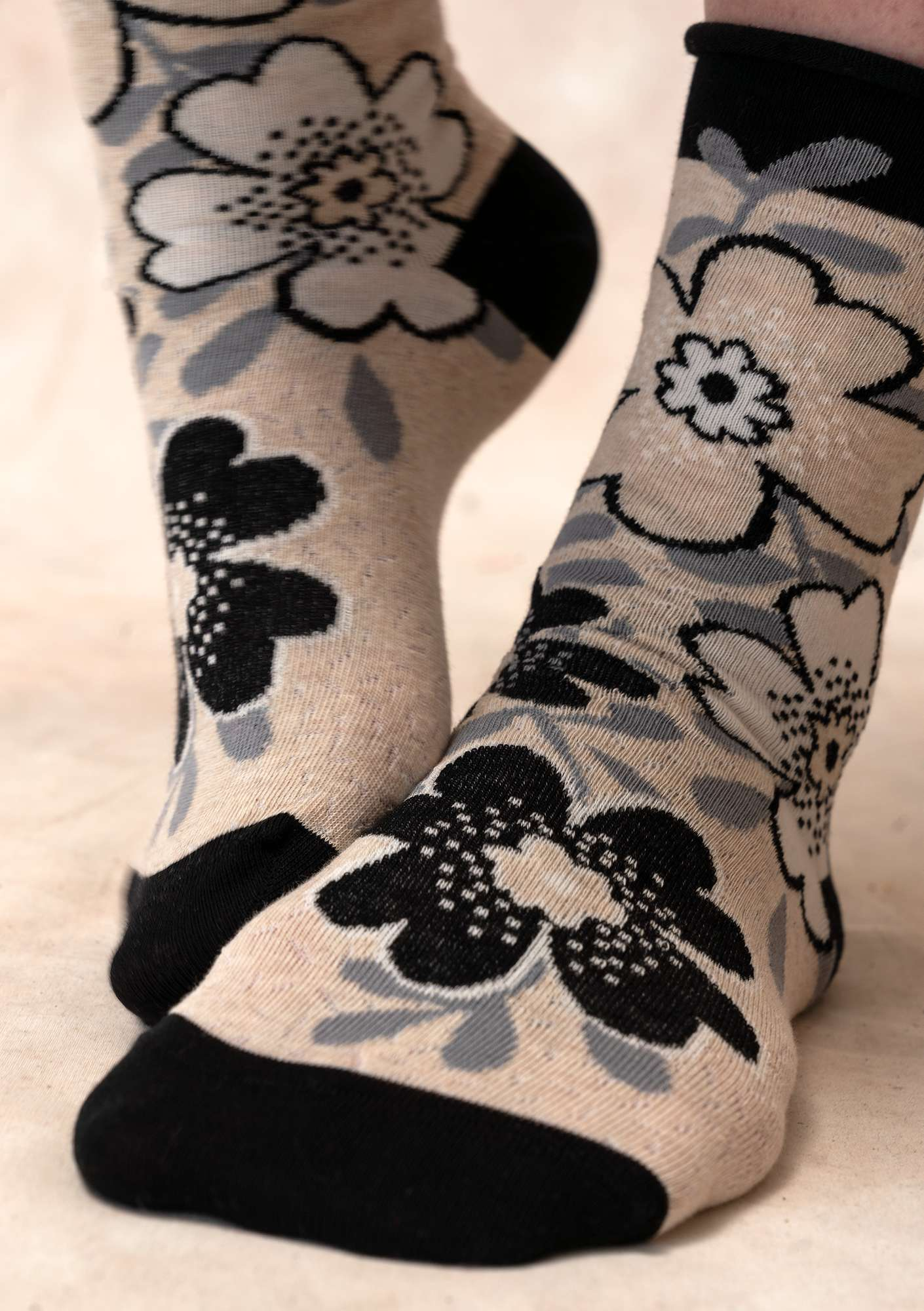 Lily socks black