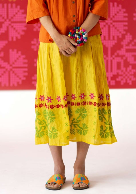 Maasi skirt pineapple