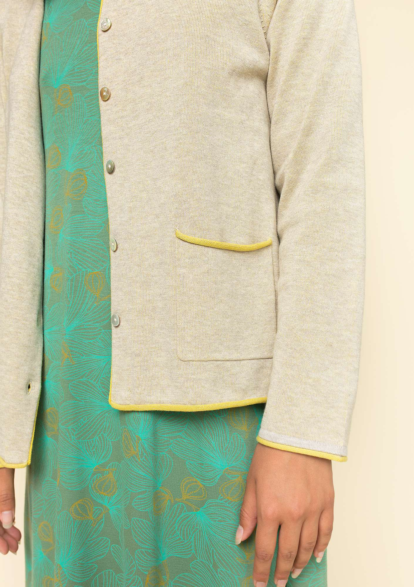 Plated cardigan in organic cotton natural melange