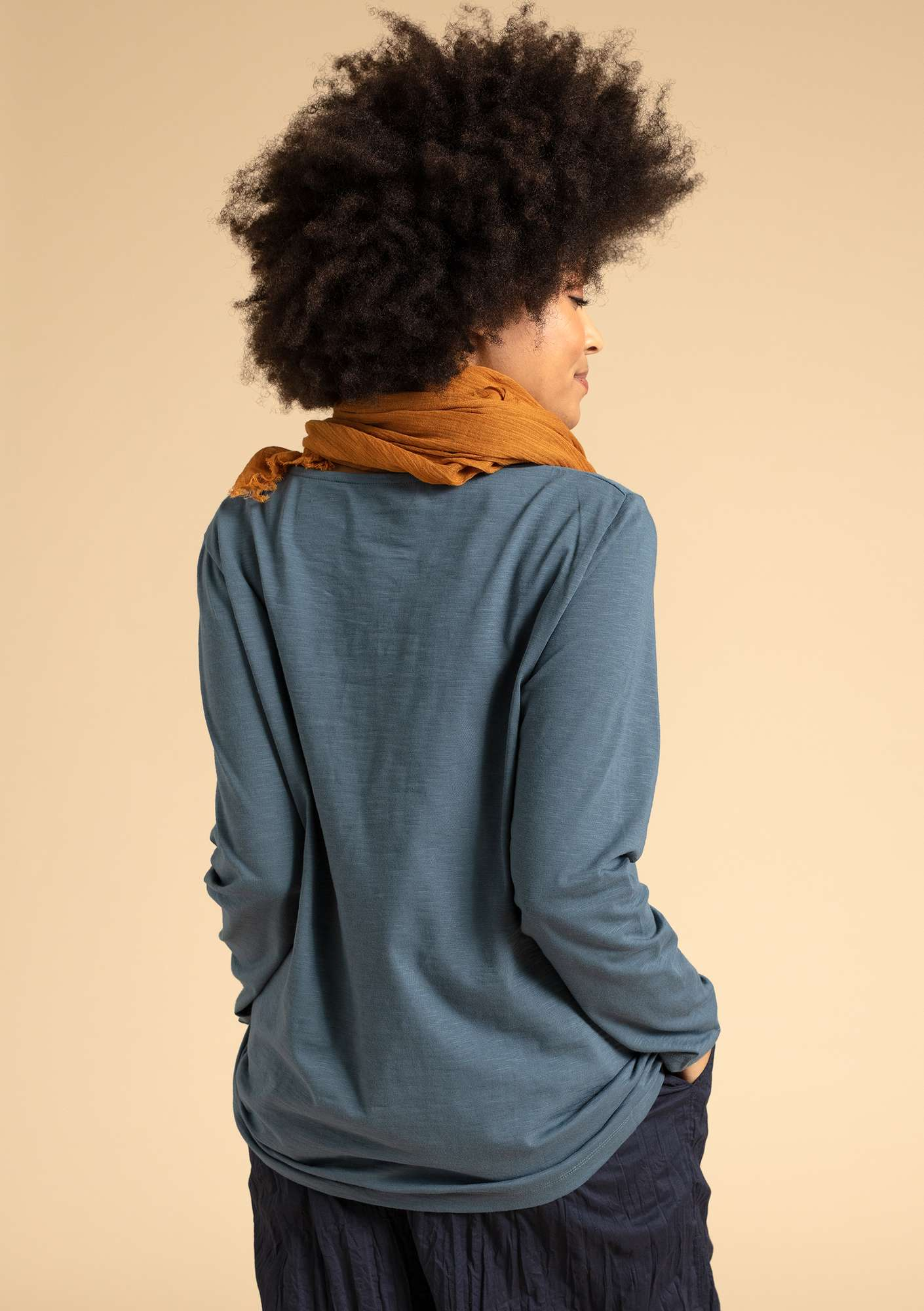 """Livia"" top in eco-cotton agave"