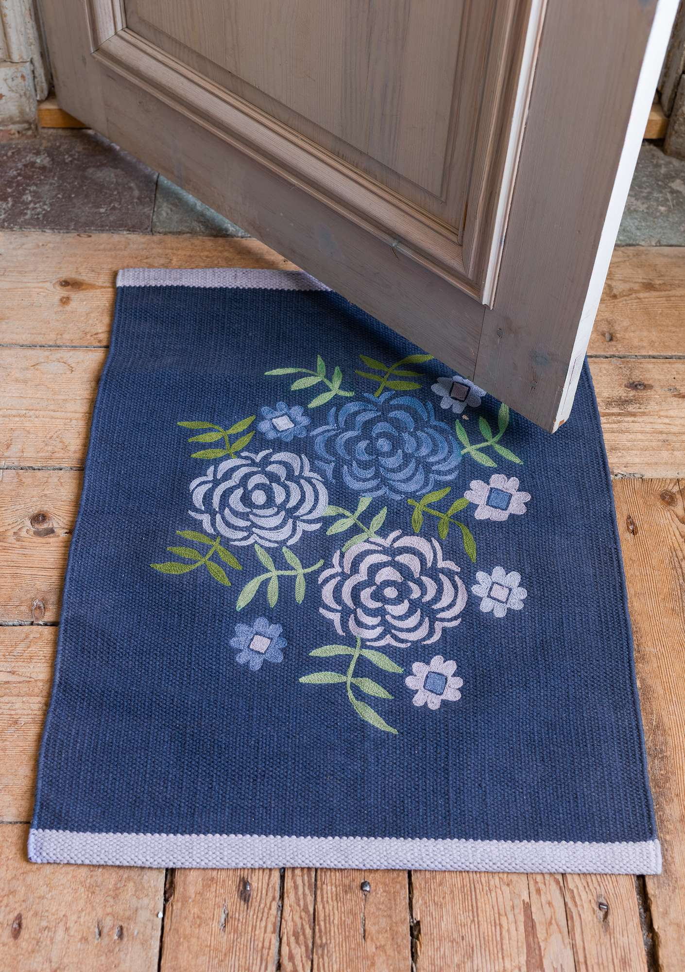 """Maya"" cotton mat indigo blue"