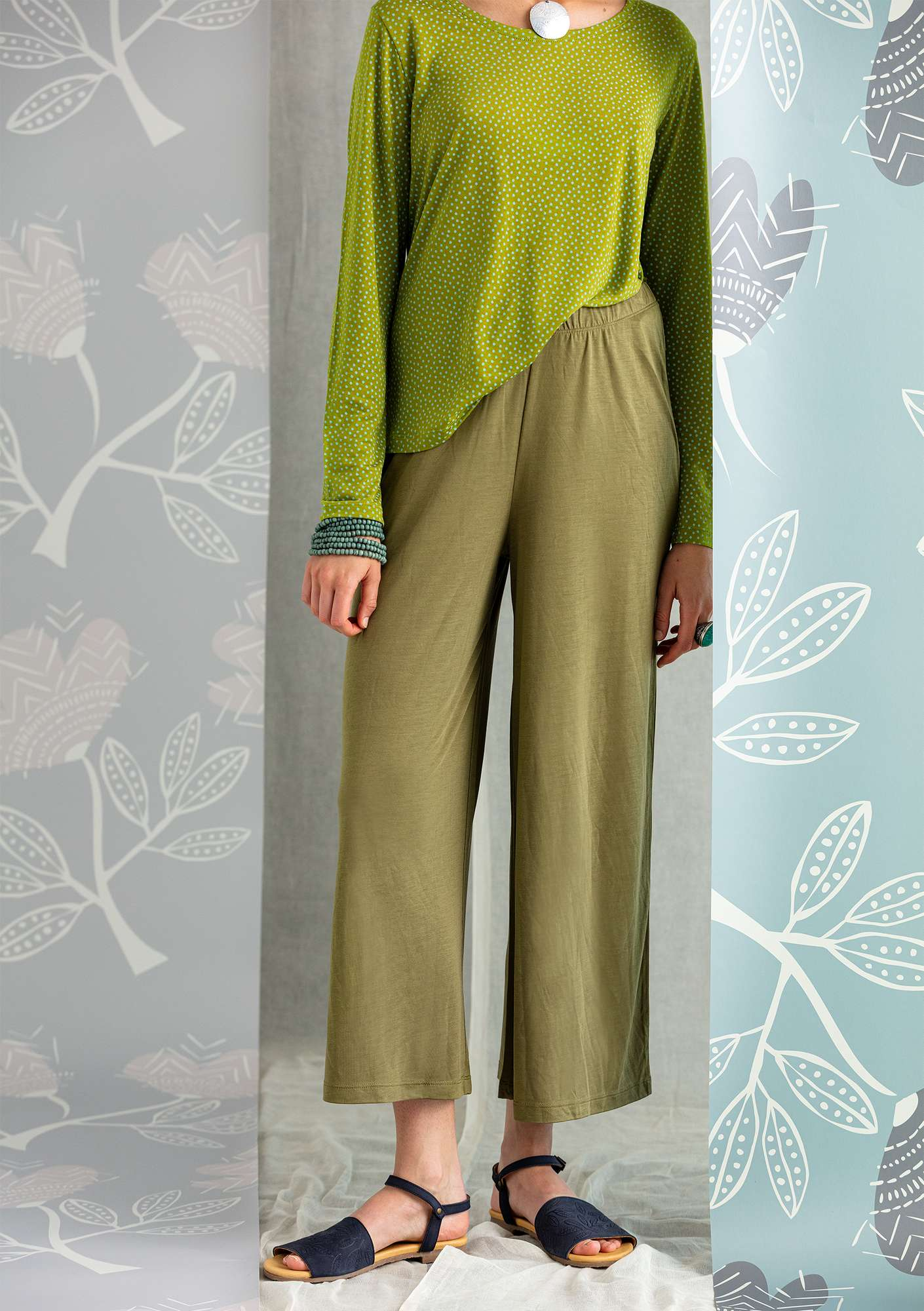 Solid-colored jersey pants eucalyptus