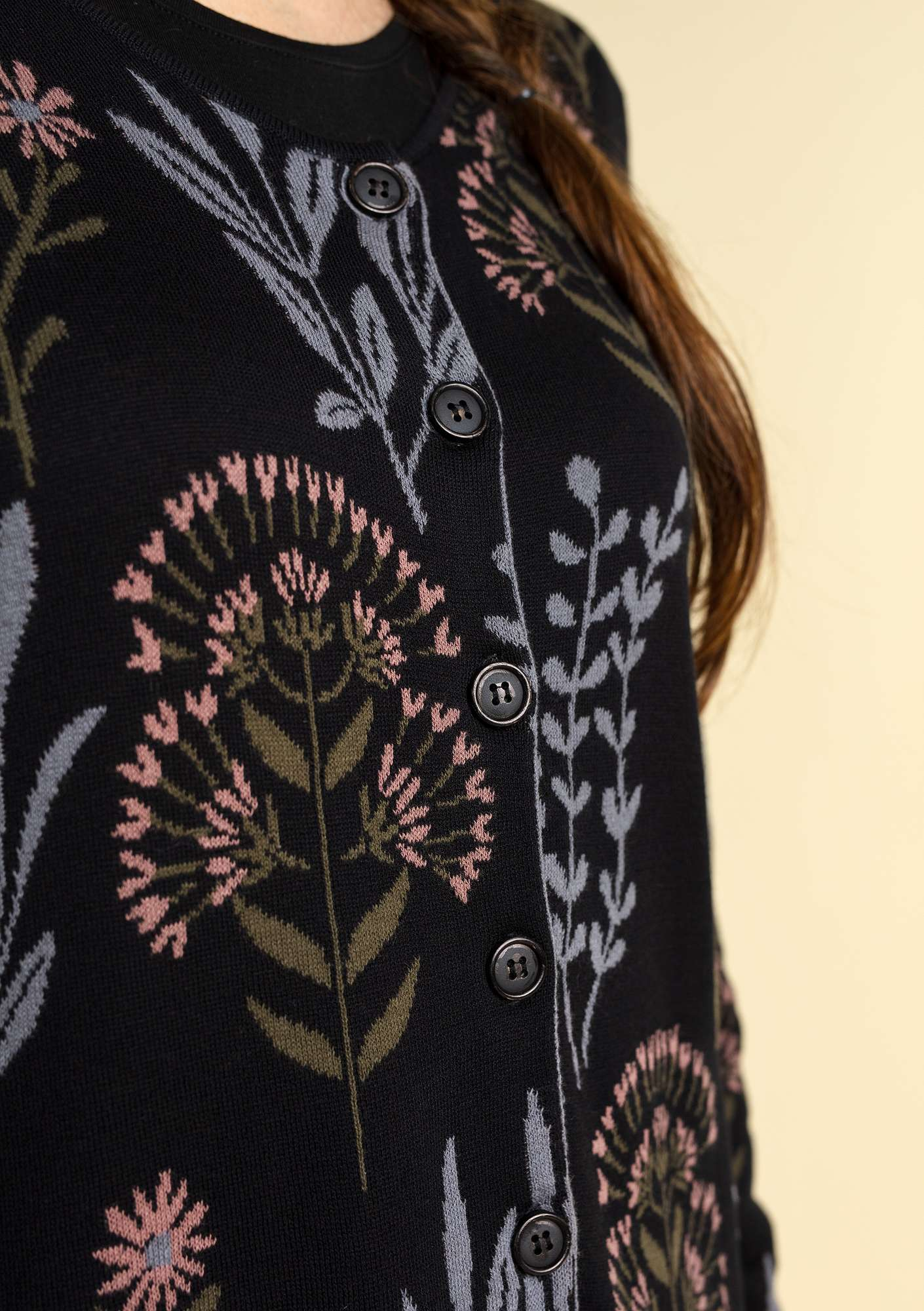 """Botanik"" cardigan in organic cotton black"
