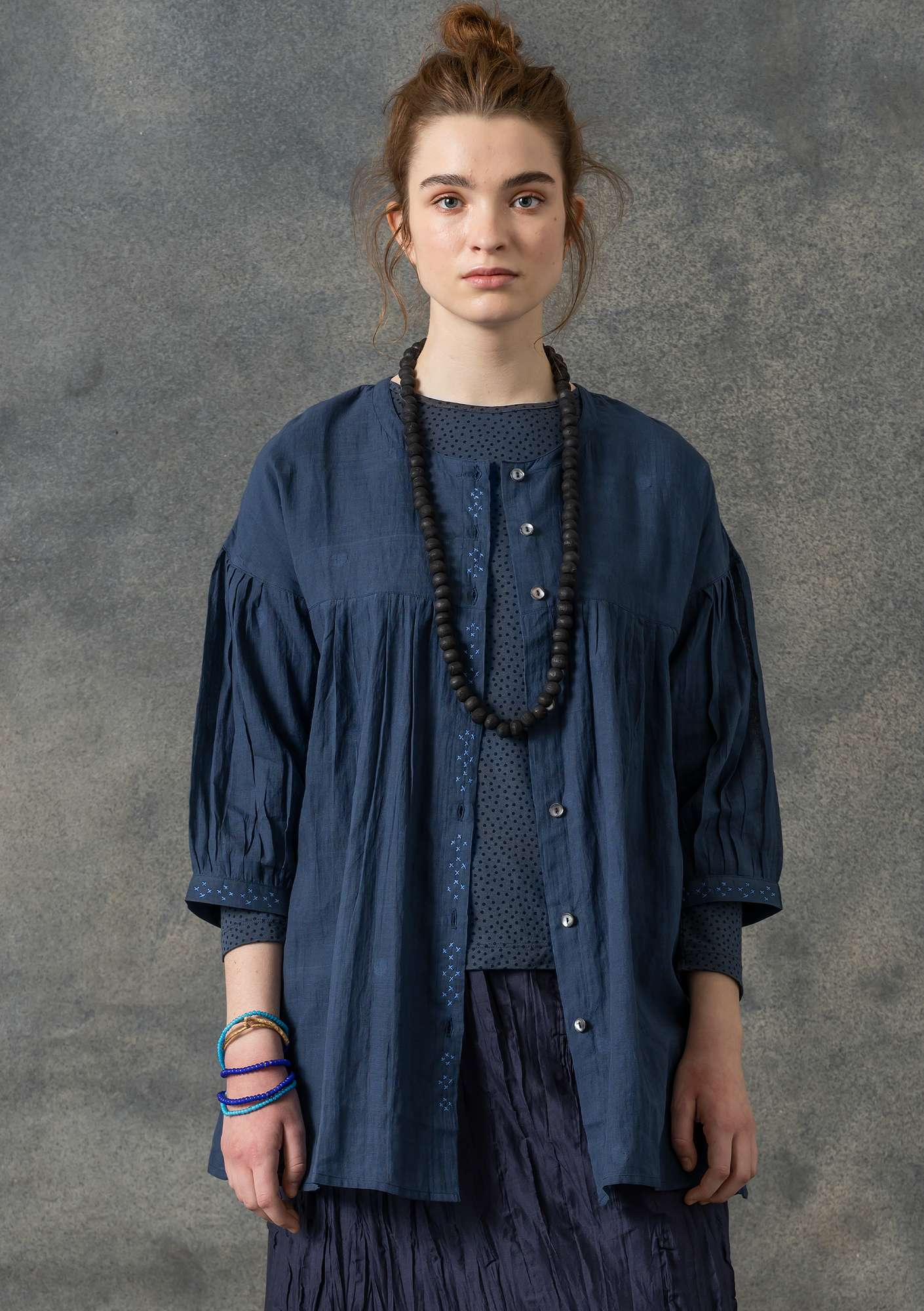 Blouse in cotton khadi indigo