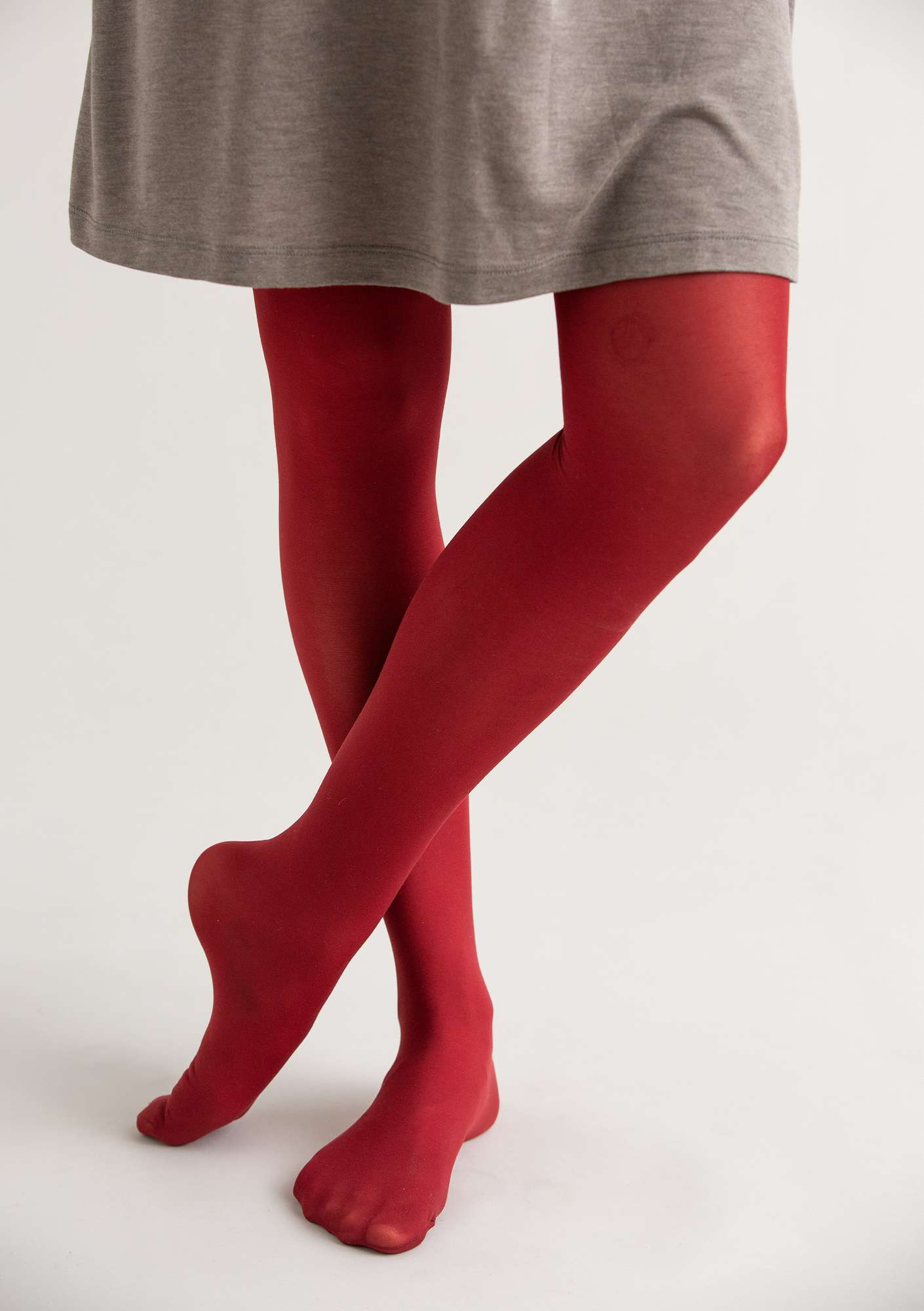 Tights in recycled nylon agate red