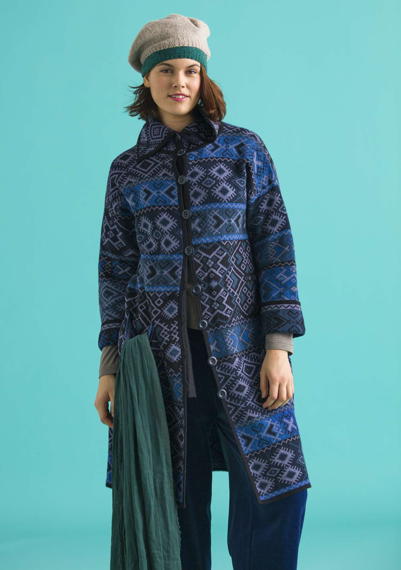 Solva knitted coat carbon