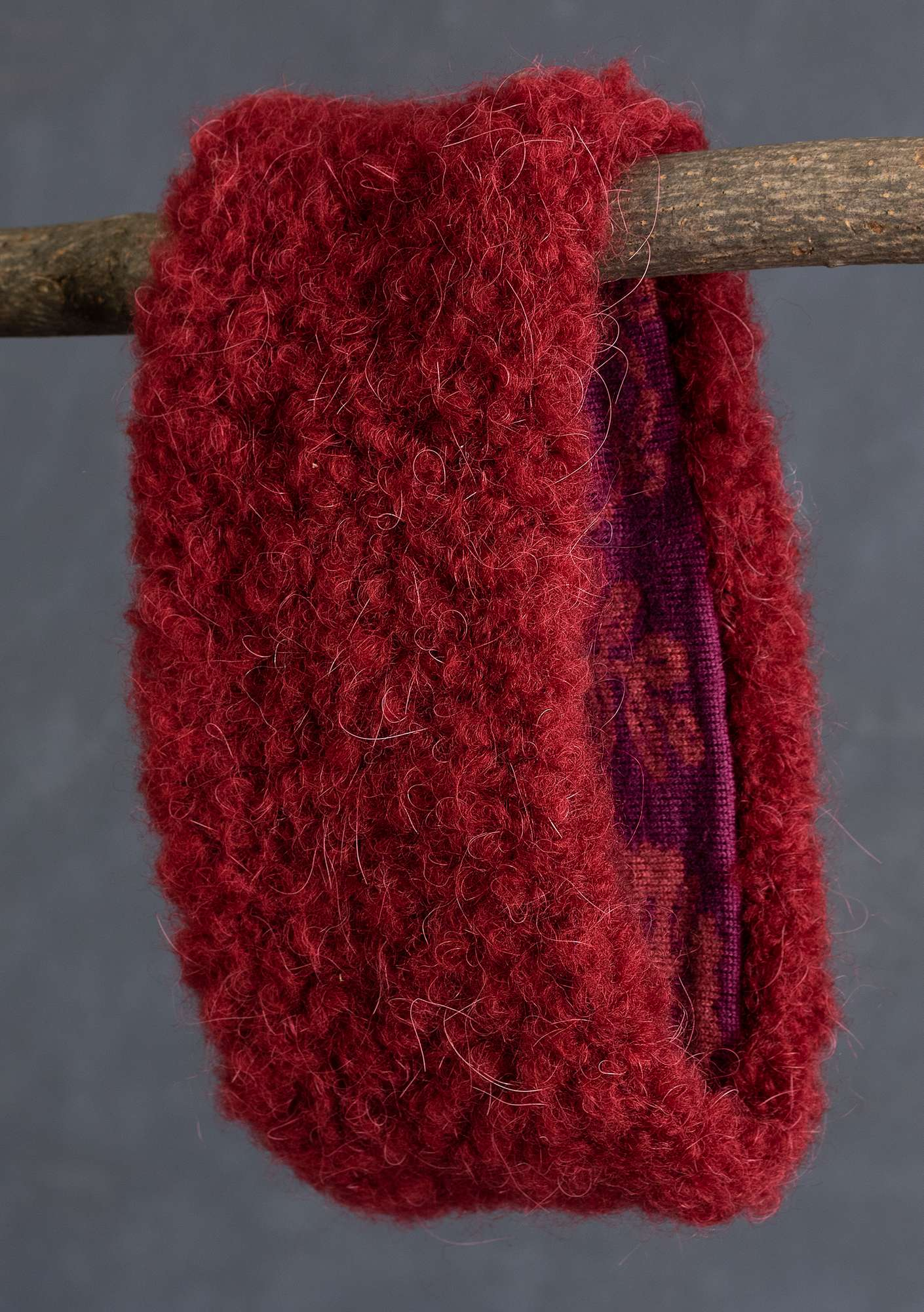 """Lace"" reversible headband in a wool blend agate red"