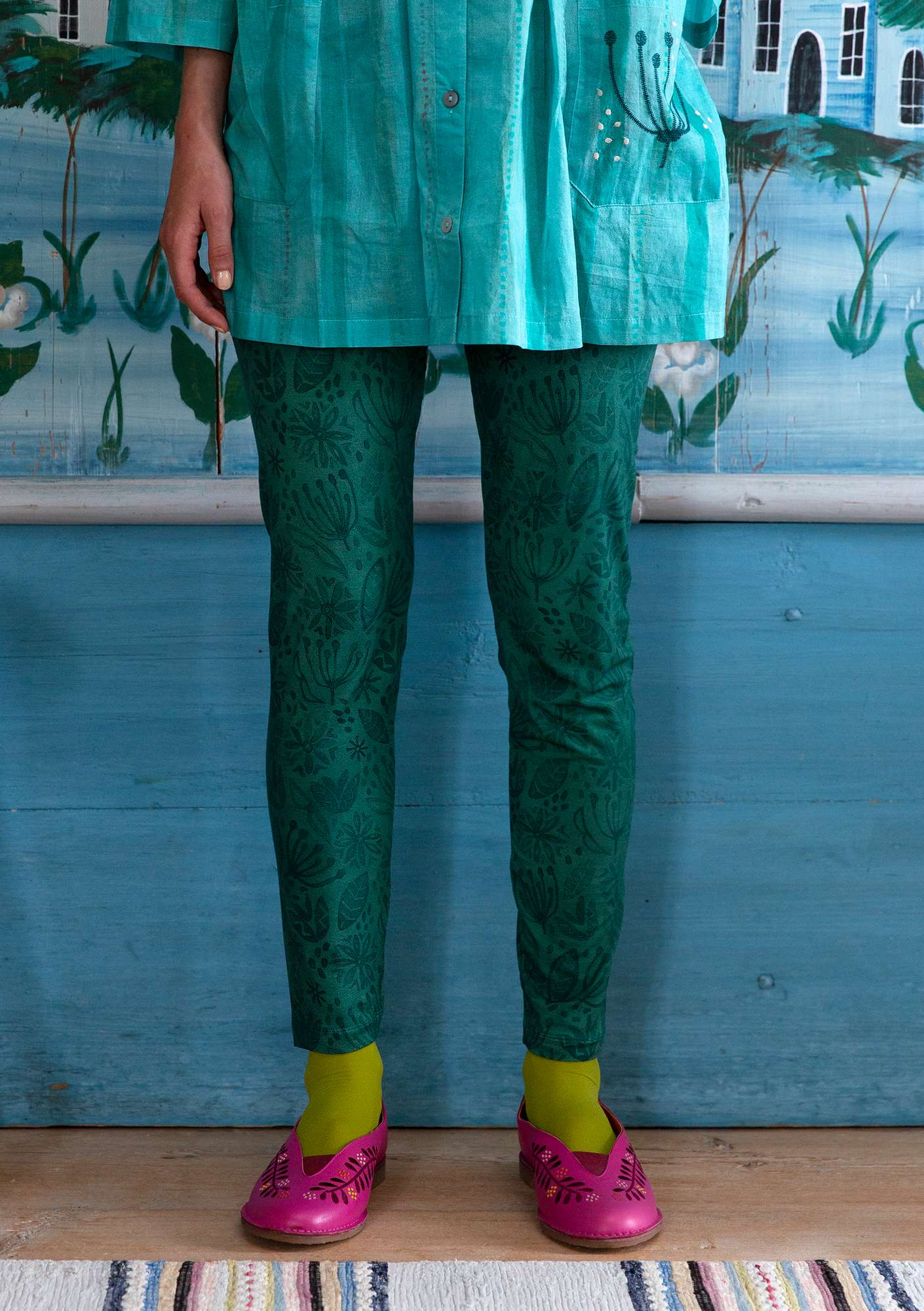 Aqua leggings peacock green