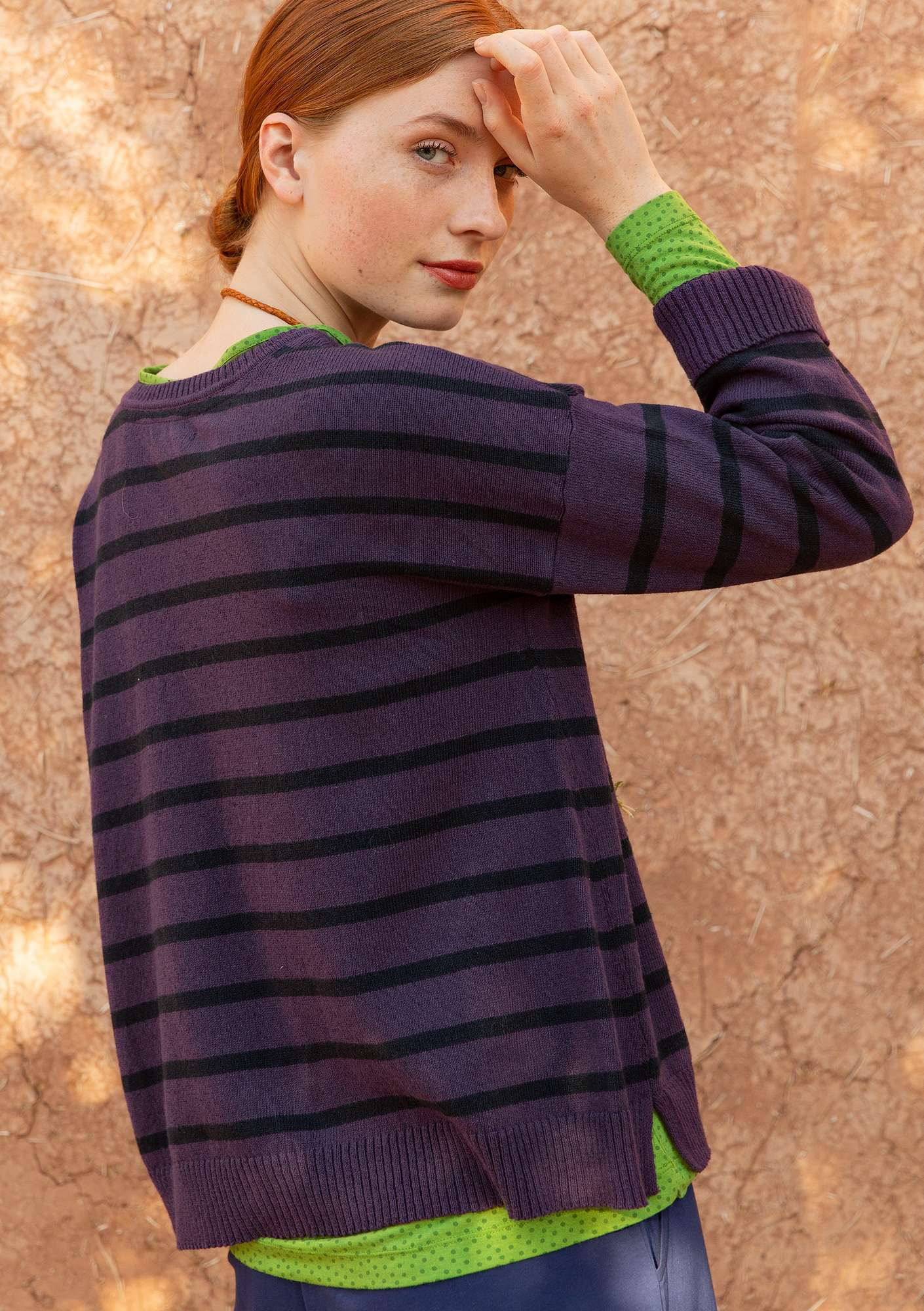 Striped sweater in recycled cotton lake/indigo