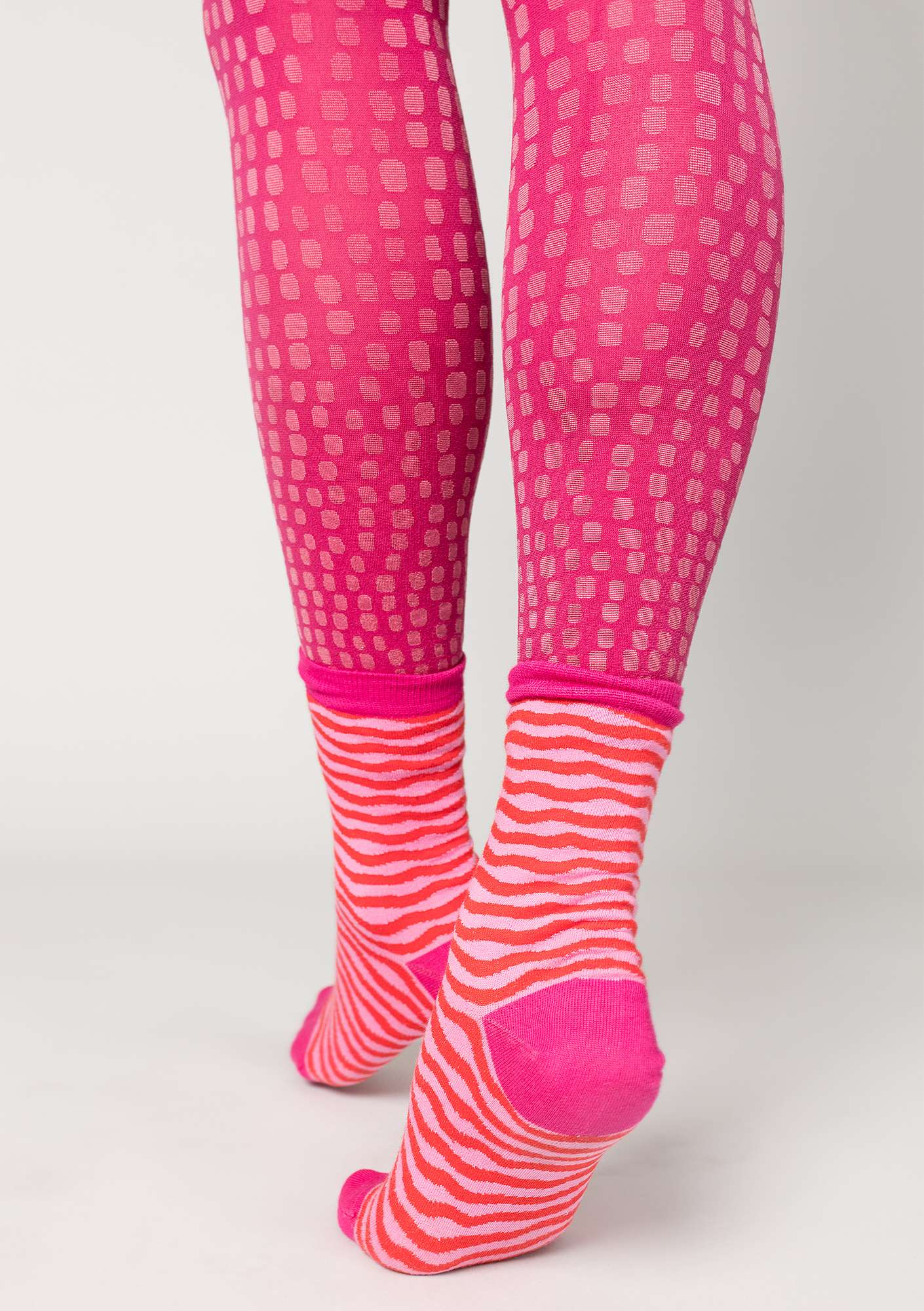 """Ninna"" leggings in recycled polyamide cyklamen"