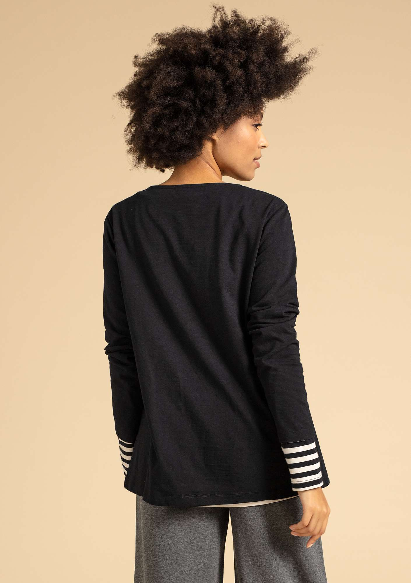 """Livia"" organic cotton top black"