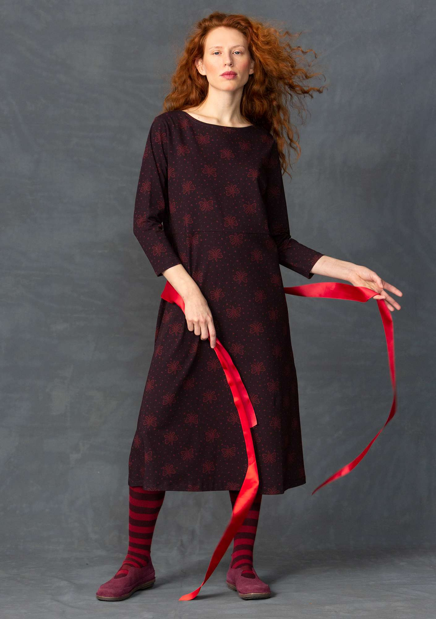 """Blossa"" dress in organic cotton/spandex aubergine"