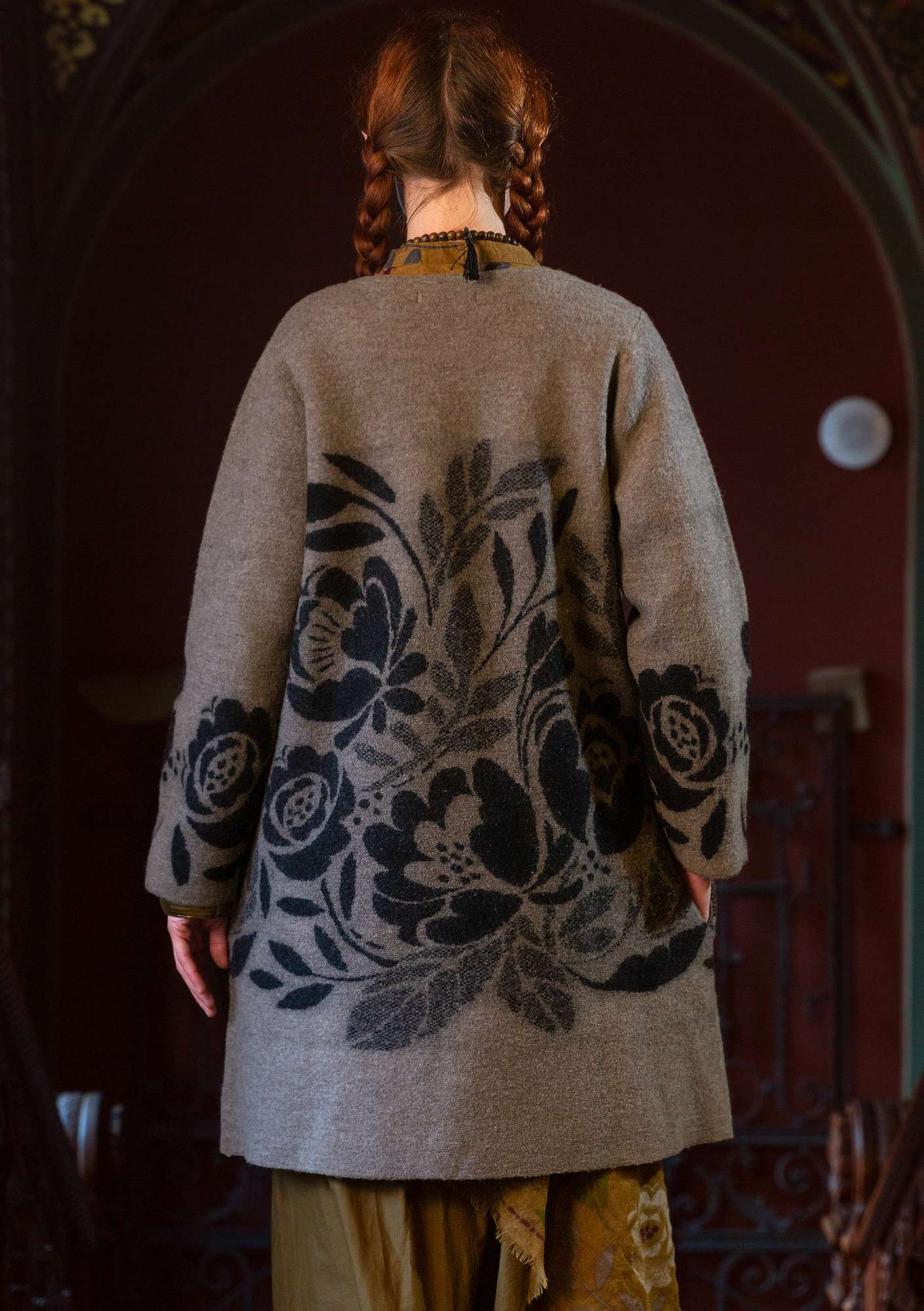 """Roza"" coat in felted organic wool light potato/melange"