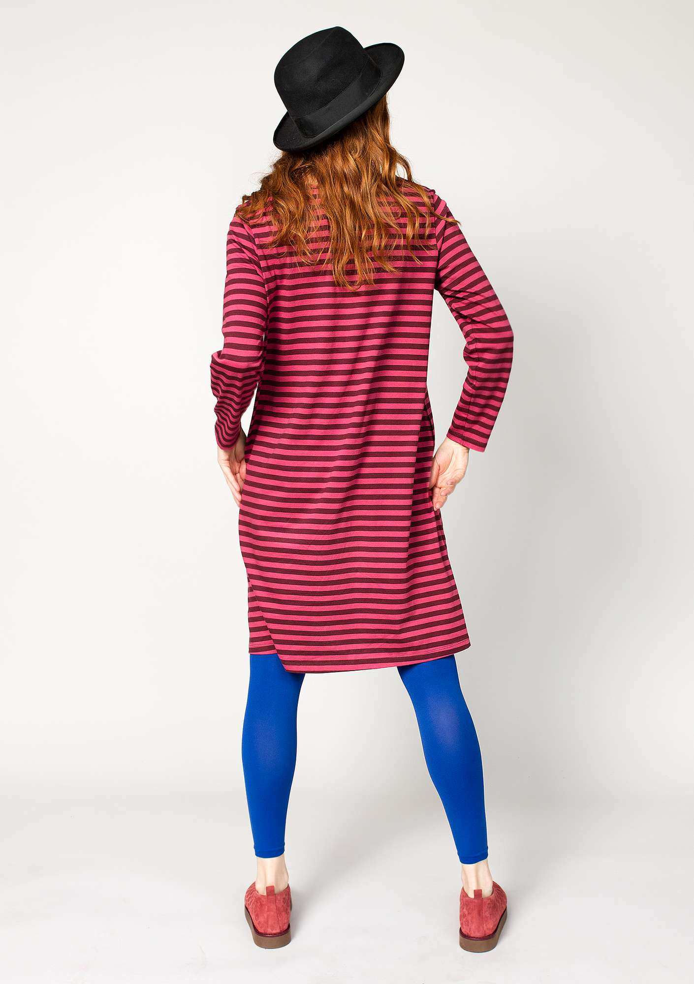 Striped dress in organic cotton beetroot/coral