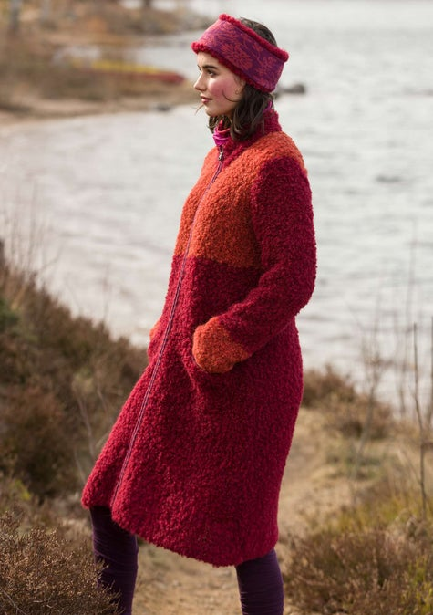 Bouclé coat agate red