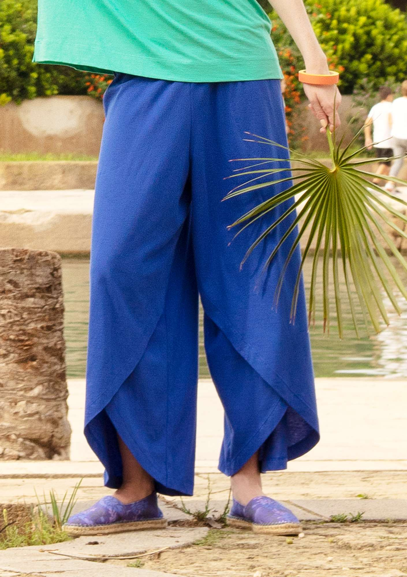 Jersey pants in eco-cotton klein blue