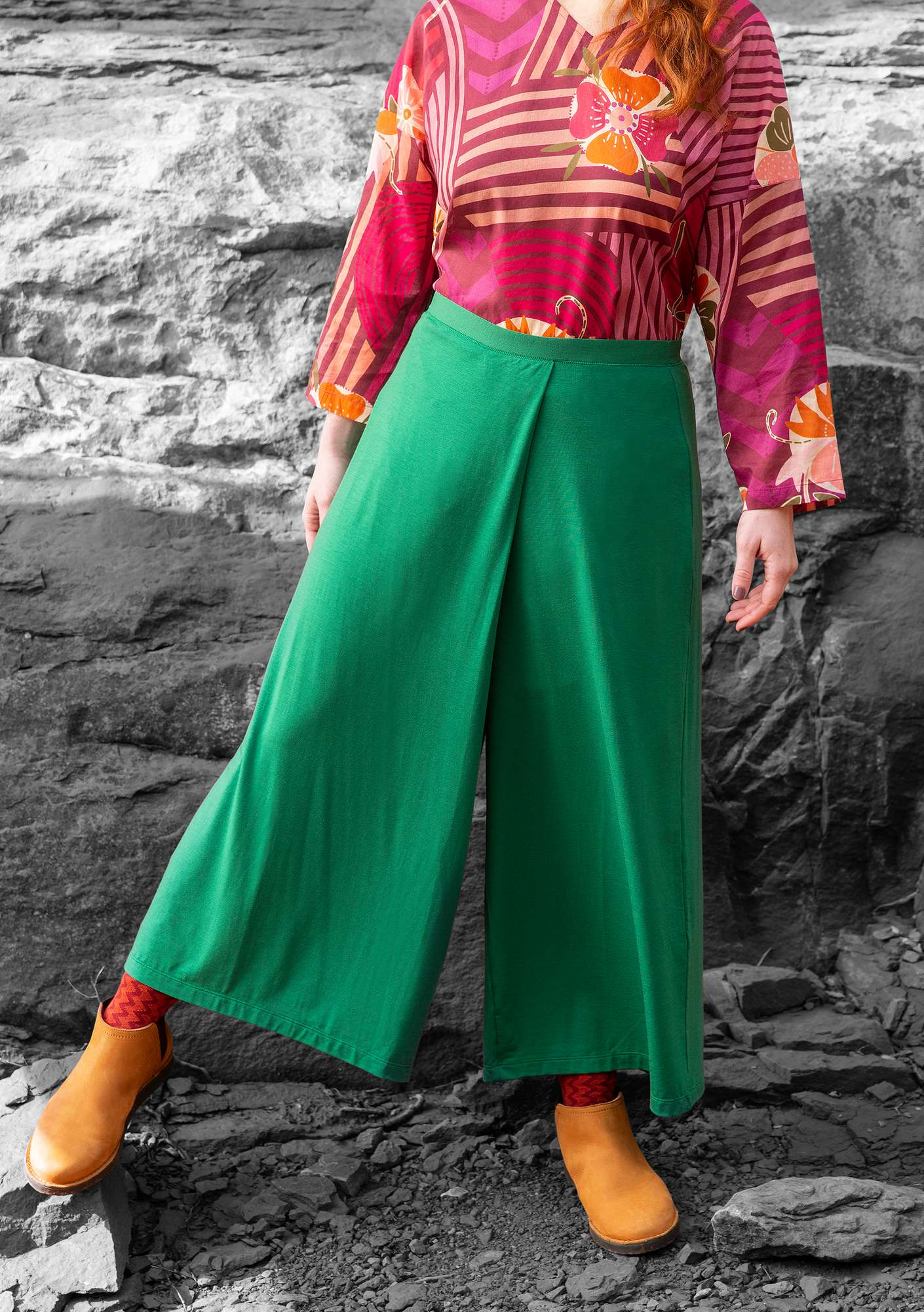 """Paradise"" pants in lyocell/spandex dark emerald"