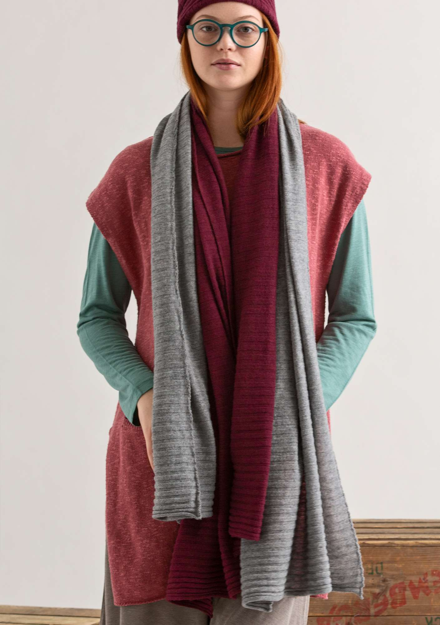 Pleated scarf in recycled cashmere blend yarn grey melange