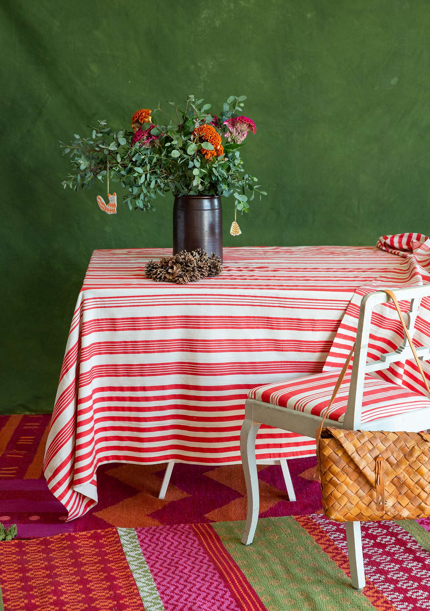 """Bolster"" cotton/linen tablecloth bright red"