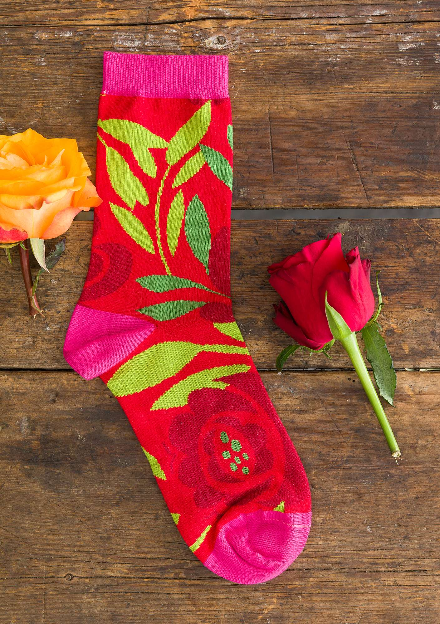 """Roza"" socks in organic cotton bright red"