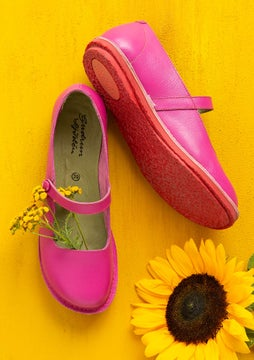 Strap shoes hibiscus