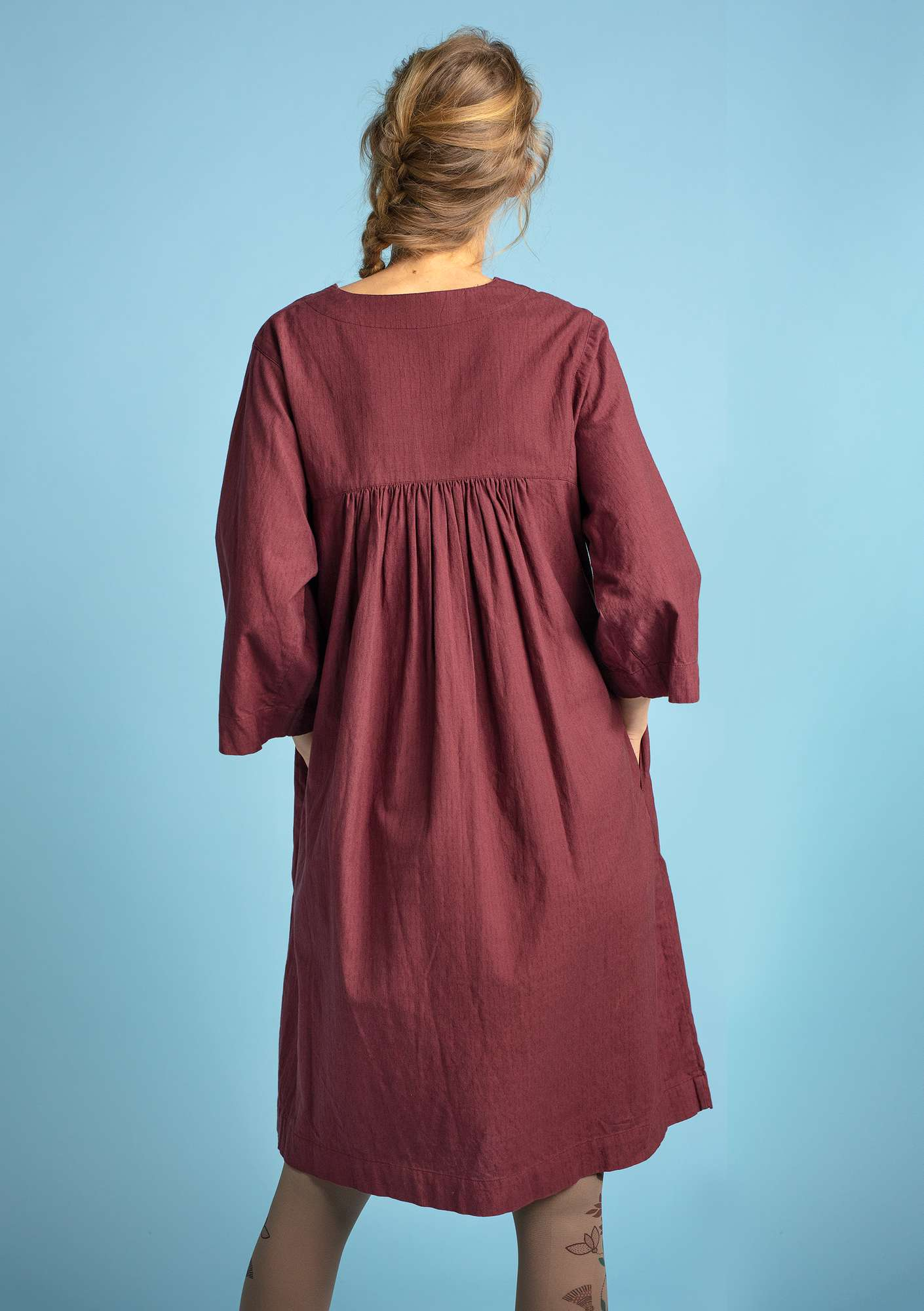 Dress in organic cotton beetroot