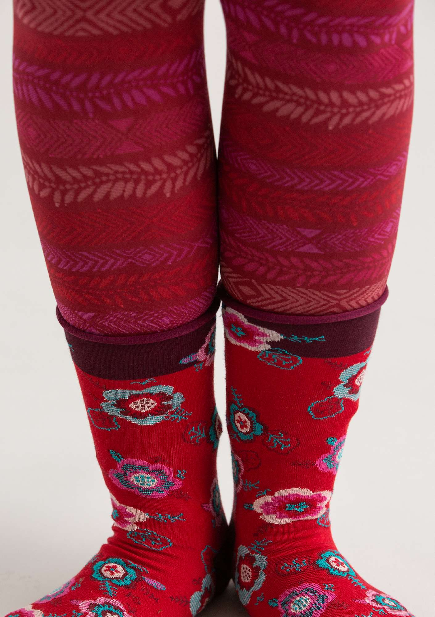 """Ylva"" leggings in recycled polyamide pomegranate"