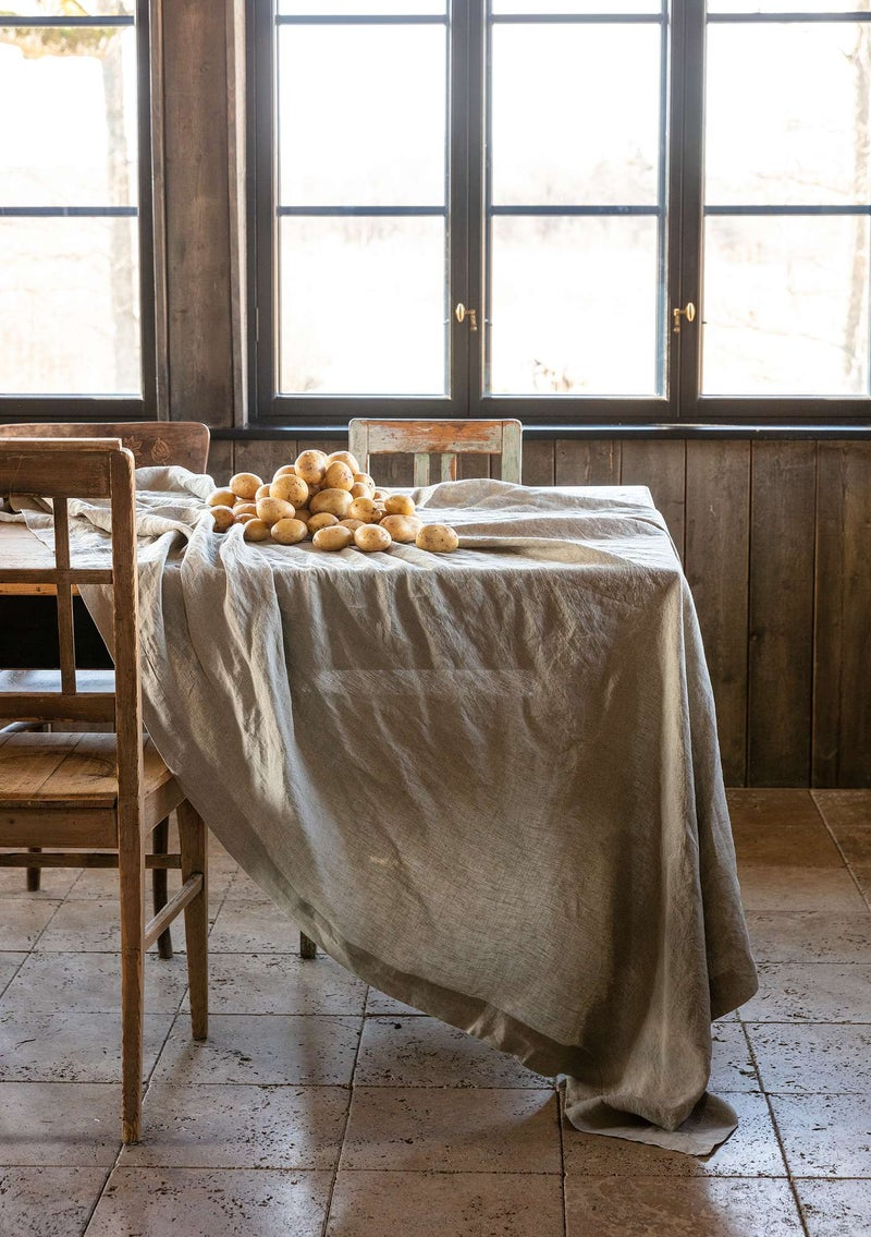 Washed linen tablecloth natural